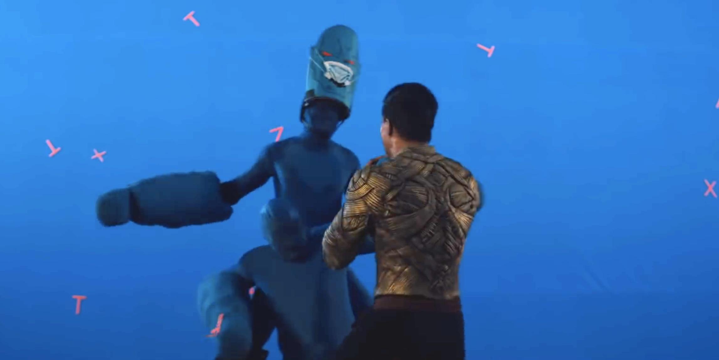 Mortal Kombat 2021 behind the scenes Goro as two blue screen guys