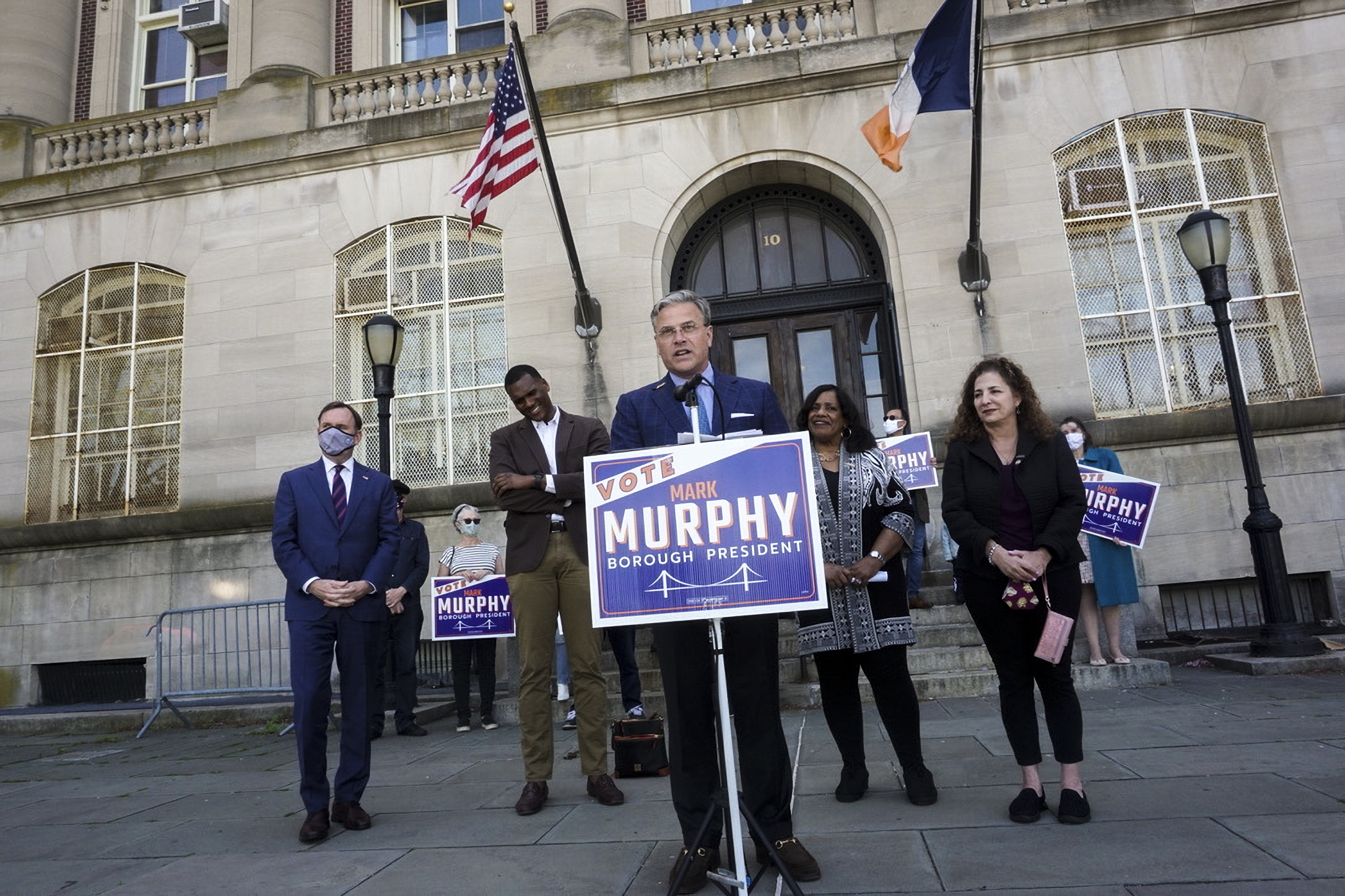 Mark Murphy, a Democrat running for Staten Island Borough President, received the endorsement of the borough's Democratic delegation on Thursday.