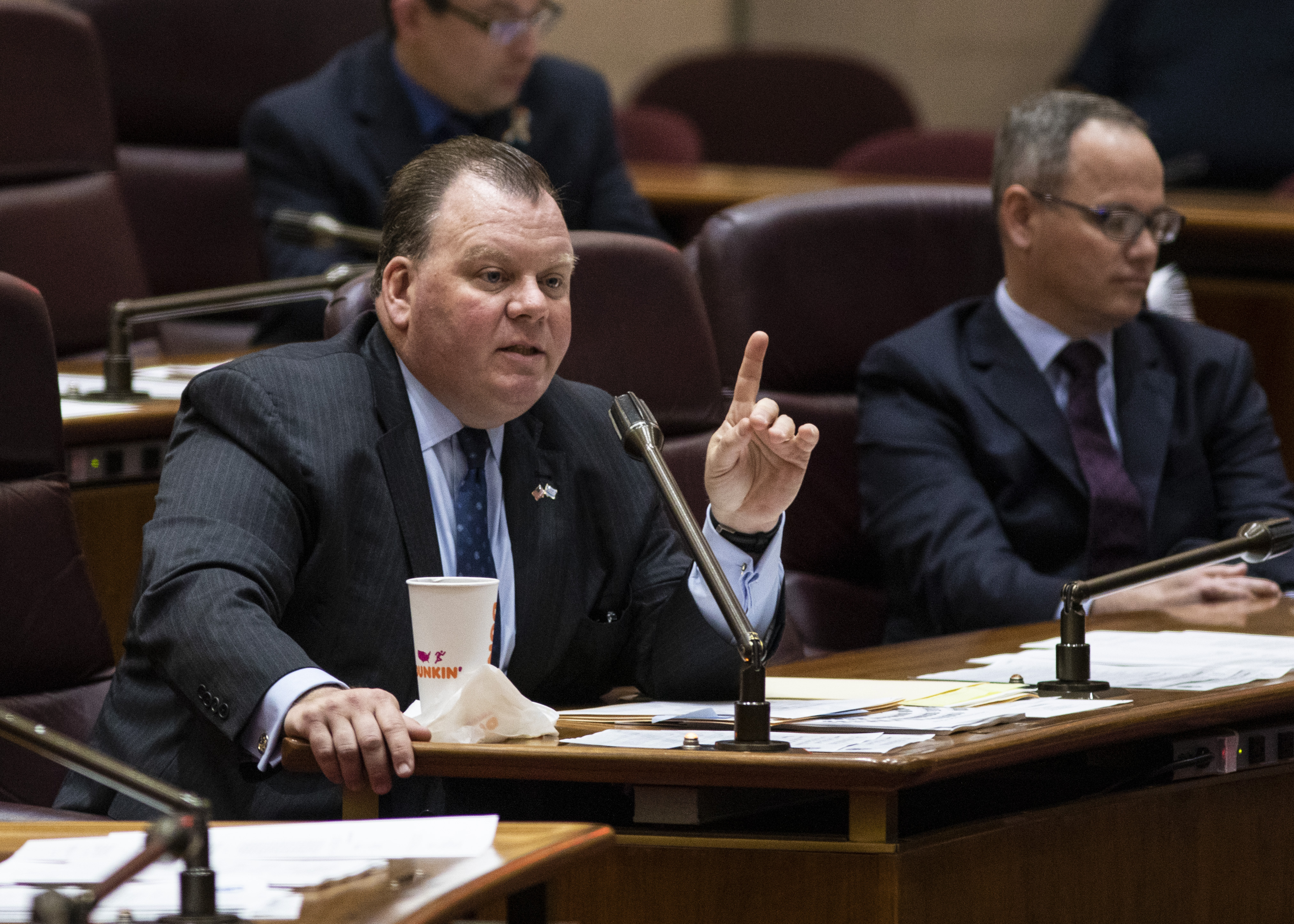 Ald. Patrick Daley Thompson repaid a past-due loan to a troubled Bridgeport bank after getting a loan from another Bridgeport bank — one that prosecutors say he didn't sign any papers promising to pay back.