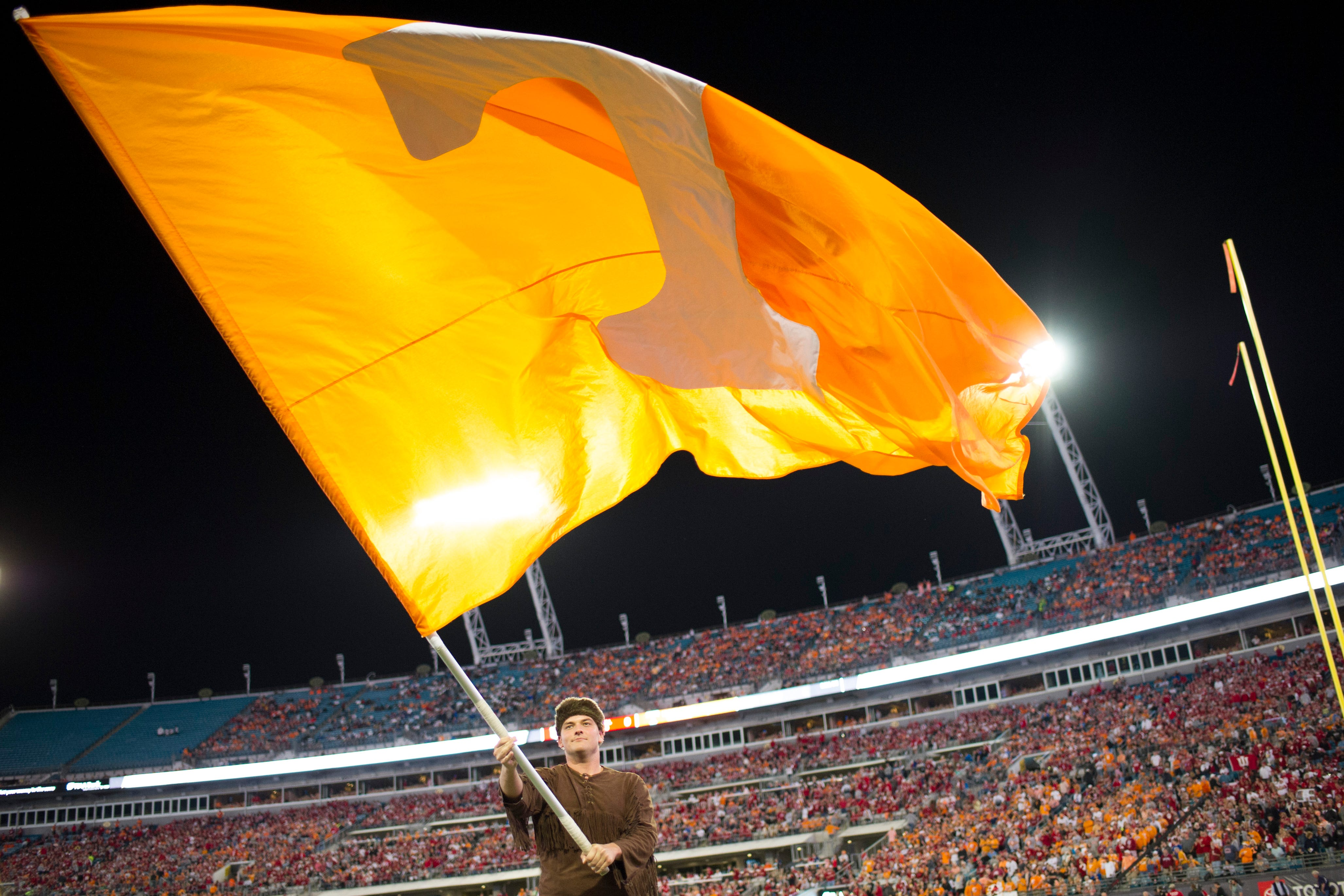 Syndication: Knoxville