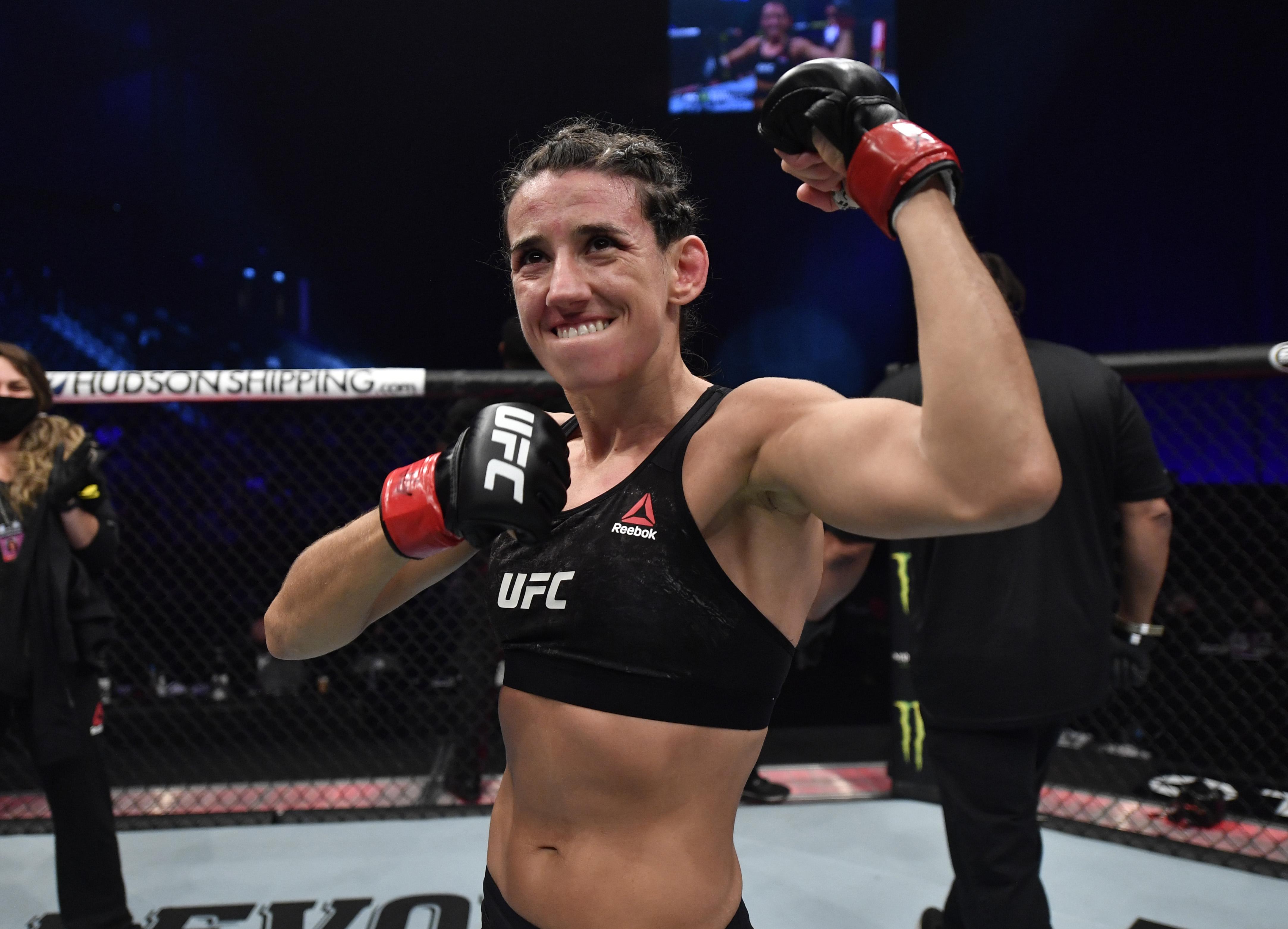 UFC 257: Rodriguez对Ribas