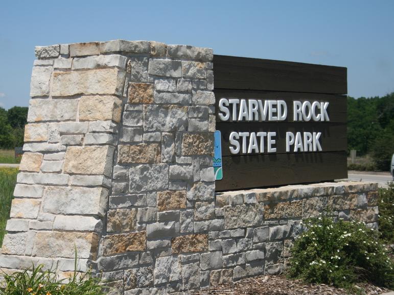 Starved Rock State Park's southern entrance.   Photo from Starved Rock State Park's online gallery.