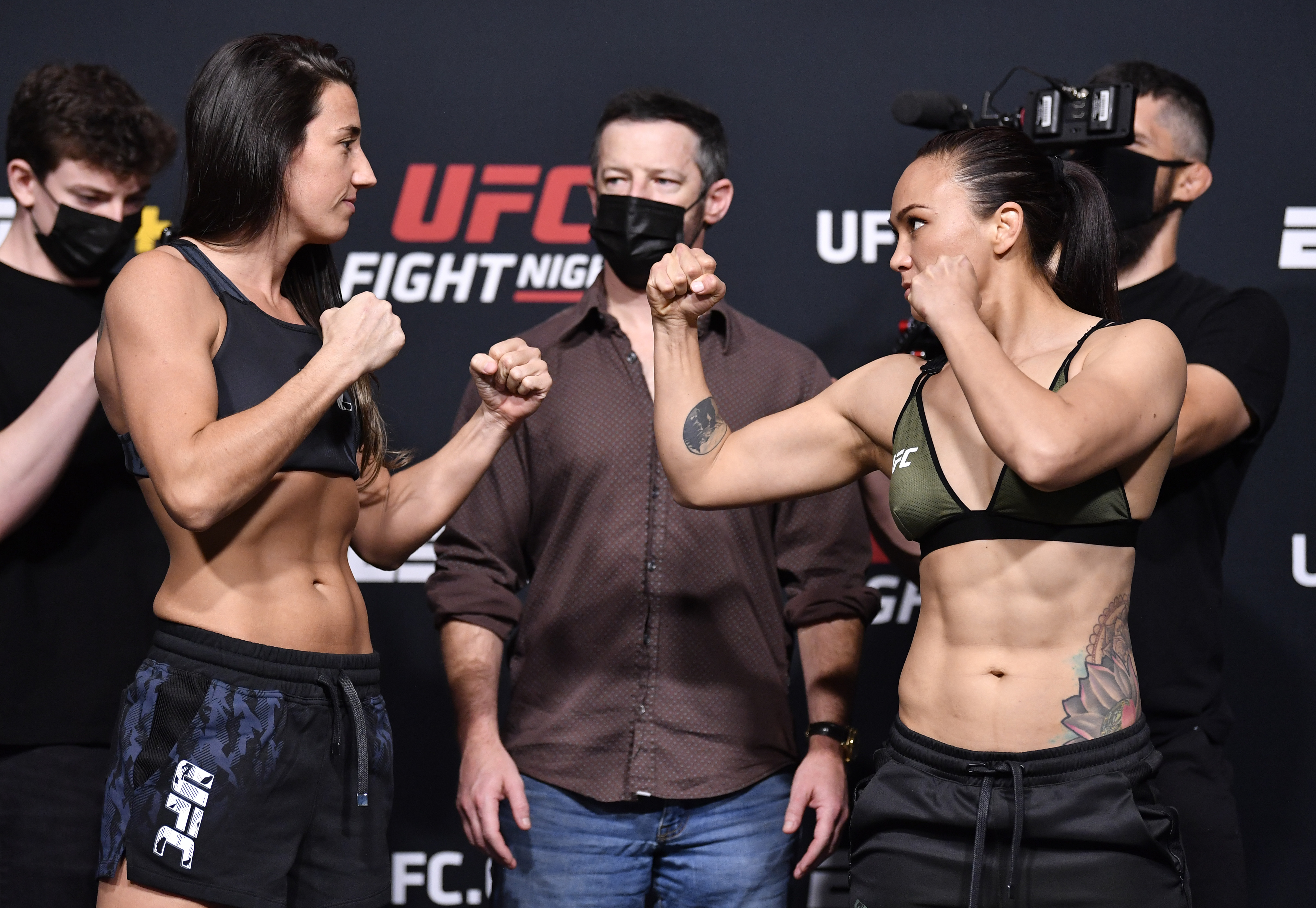 2021年5月7日,在内华达州拉斯维加斯举行的UFC APEX终极格斗冠军赛上,巴西选手玛丽娜·罗德里格斯和米歇尔·沃特森将在UFC称重比赛中对决。