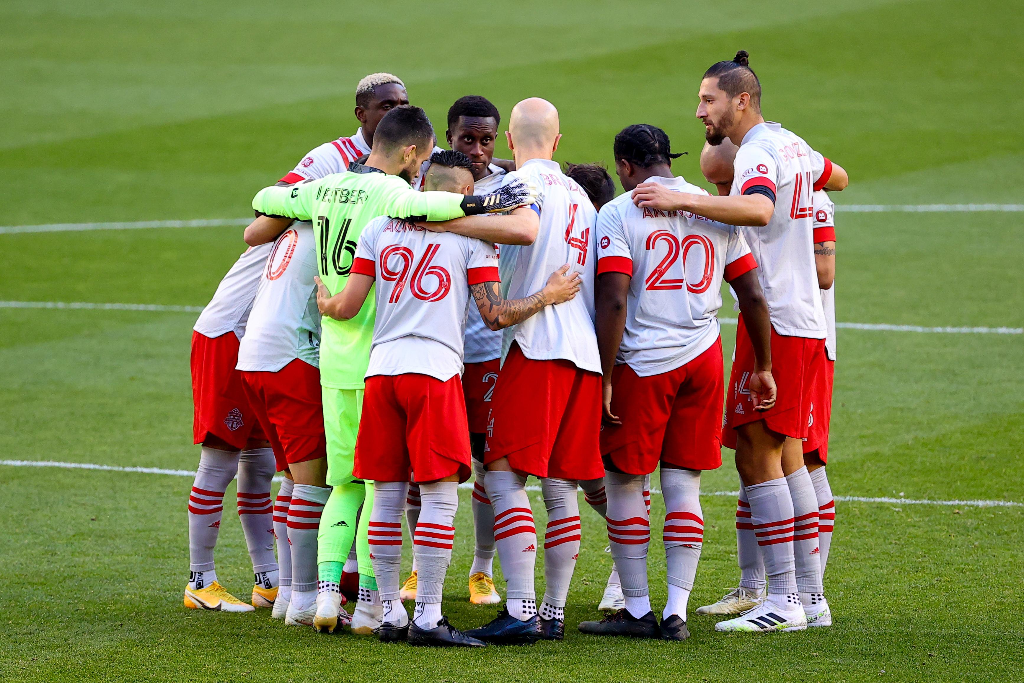 SOCCER: NOV 08 MLS - Toronto FC at New York Red Bulls