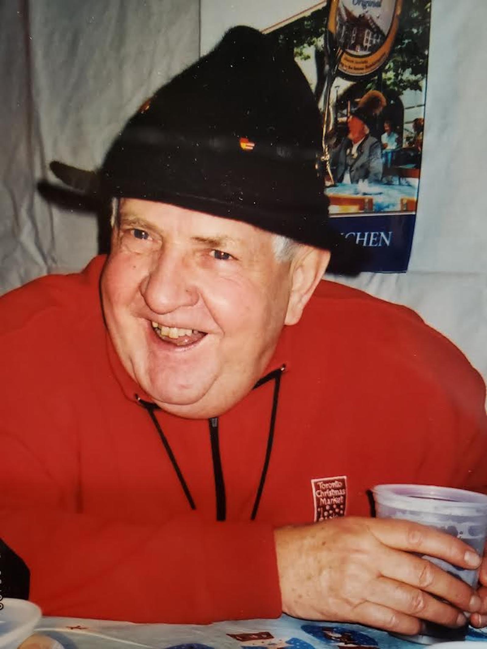 Ray Lotter, founder of Chicago's long-running Christkindlmarket.