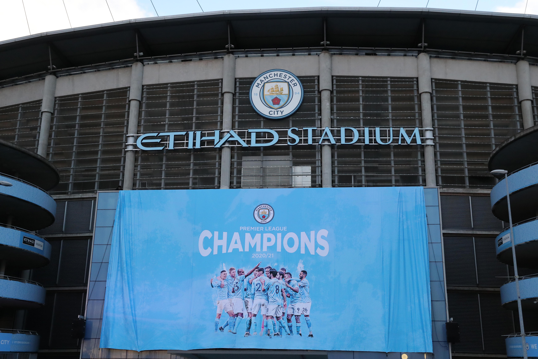 Manchester City Fans Celebrate Winning the Premier League Title