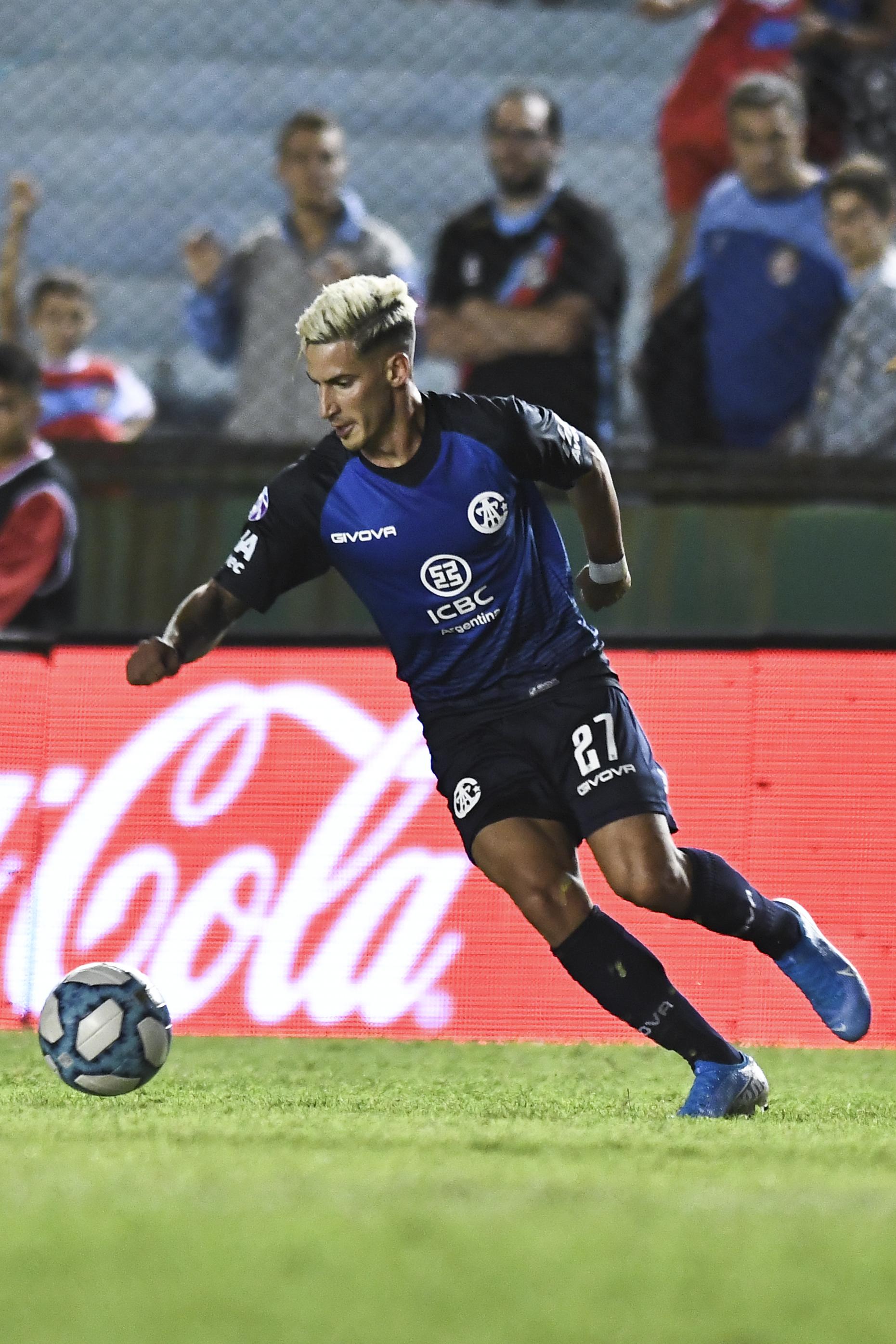 Arsenal v Talleres de Cordoba - Superliga 2019/20