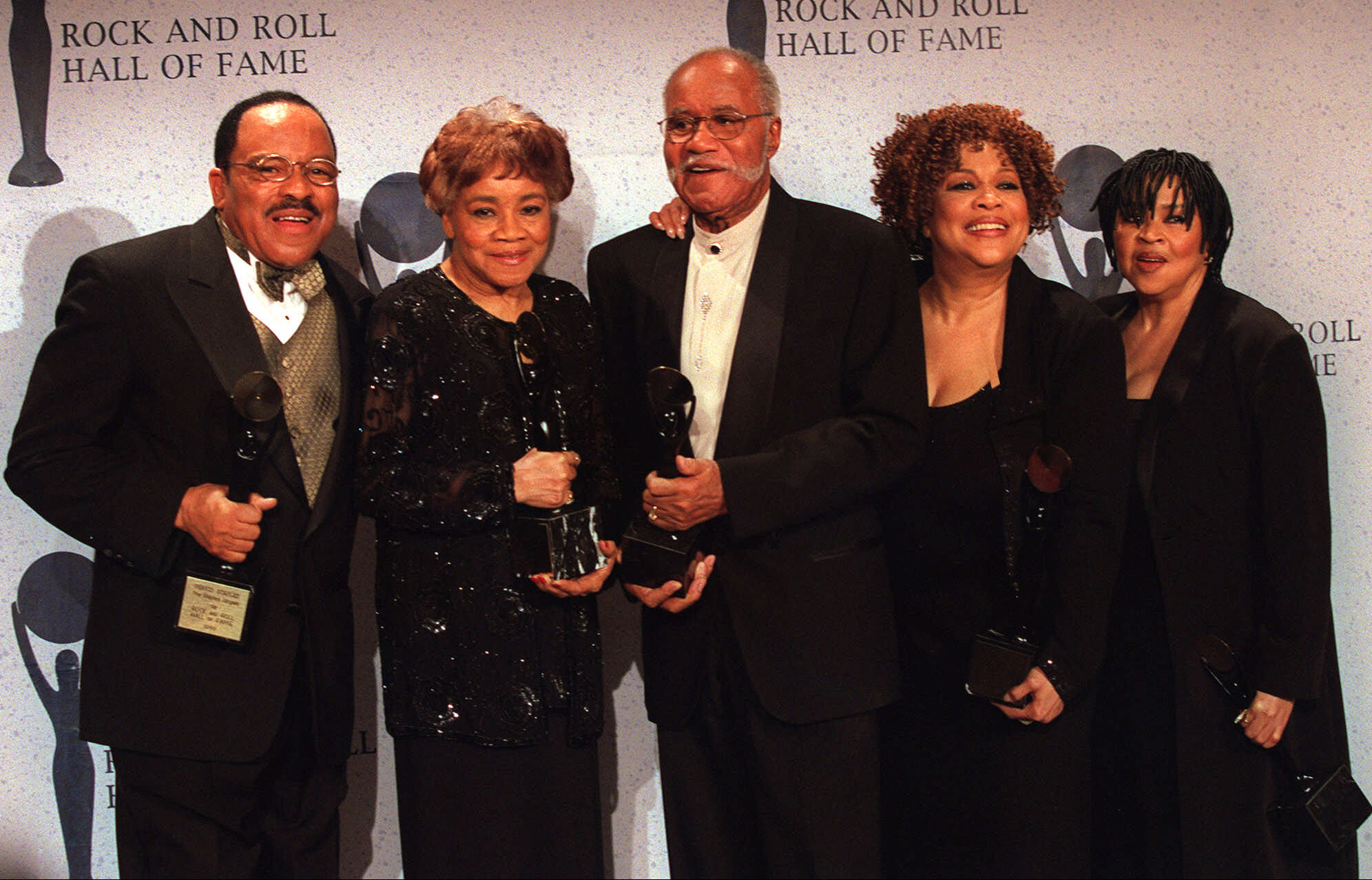 "The Staple Singers: Pervis (from left), Cleotha, Pops, Mavis and Yvonne Staples, pose for the media at the Rock and Roll Hall of Fame induction ceremony in New York Monday, March, 15, 1999. The group was inducted into the Rock and Roll Hall of Fame in the ""performer"" category."