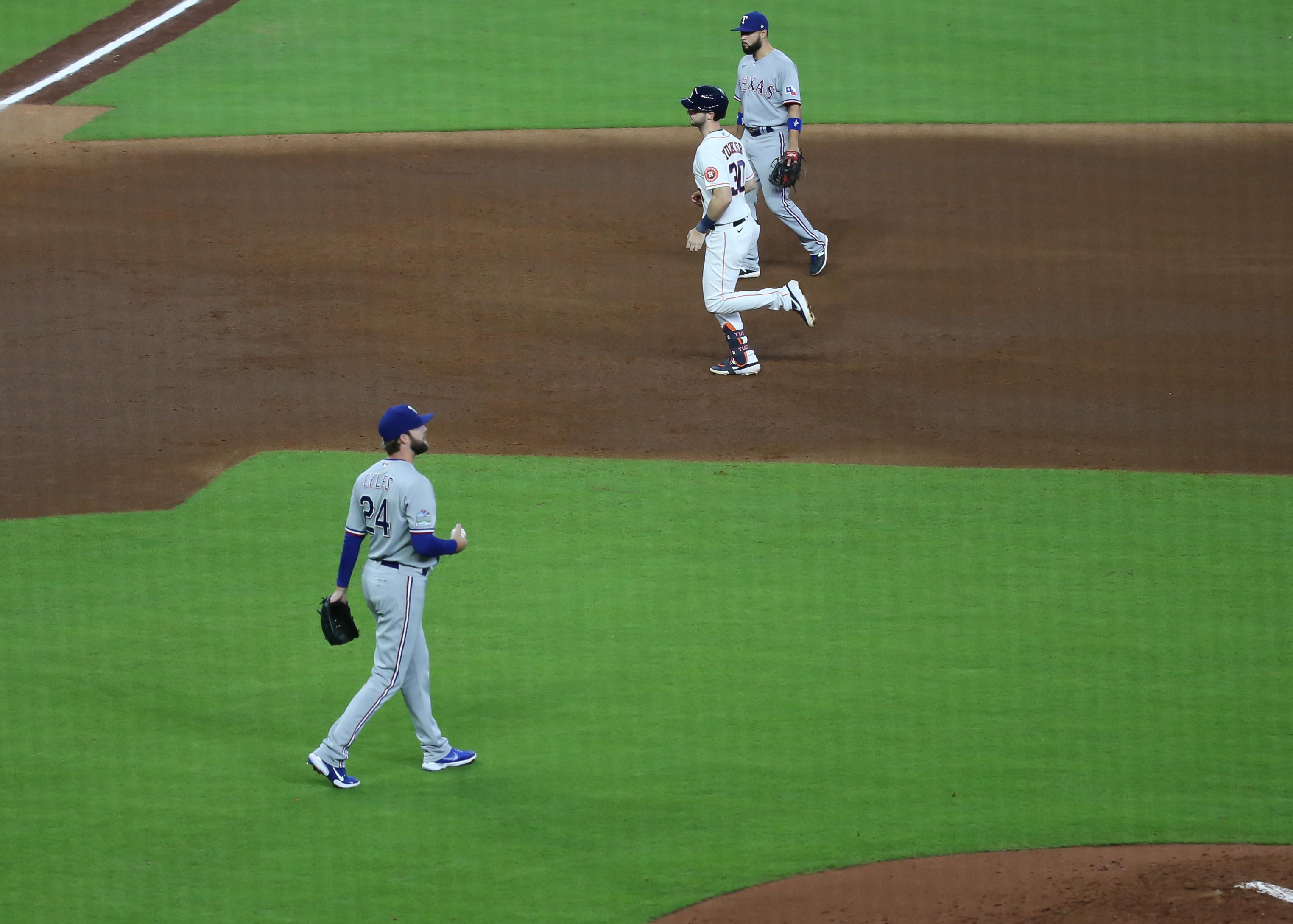 MLB: SEP 17 Rangers at Astros