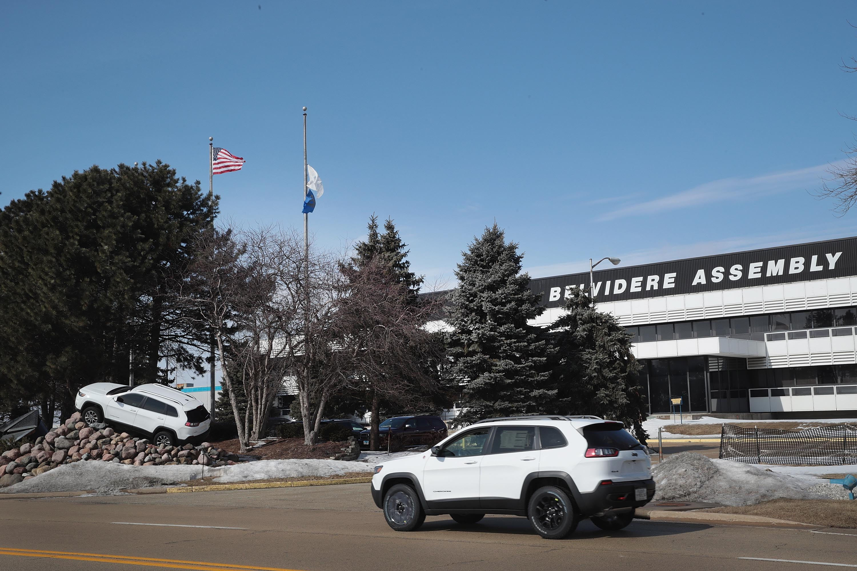 Fiat Chrysler Announces Its Cutting Over 1,300 Jobs At Belvidere Illinois Plant
