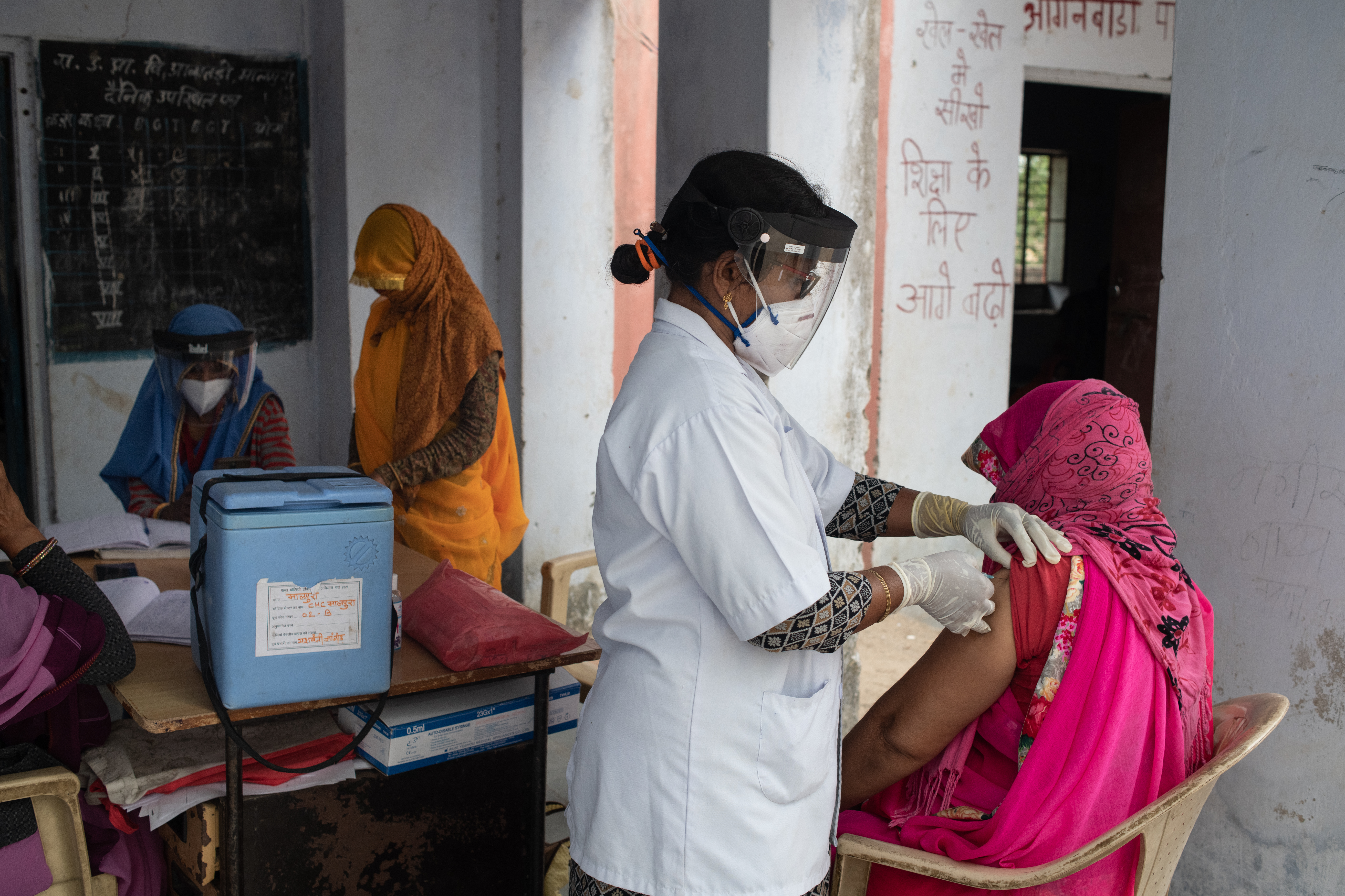 Covid-19 Disaster Reaches Deep Into Indian Towns And Villages