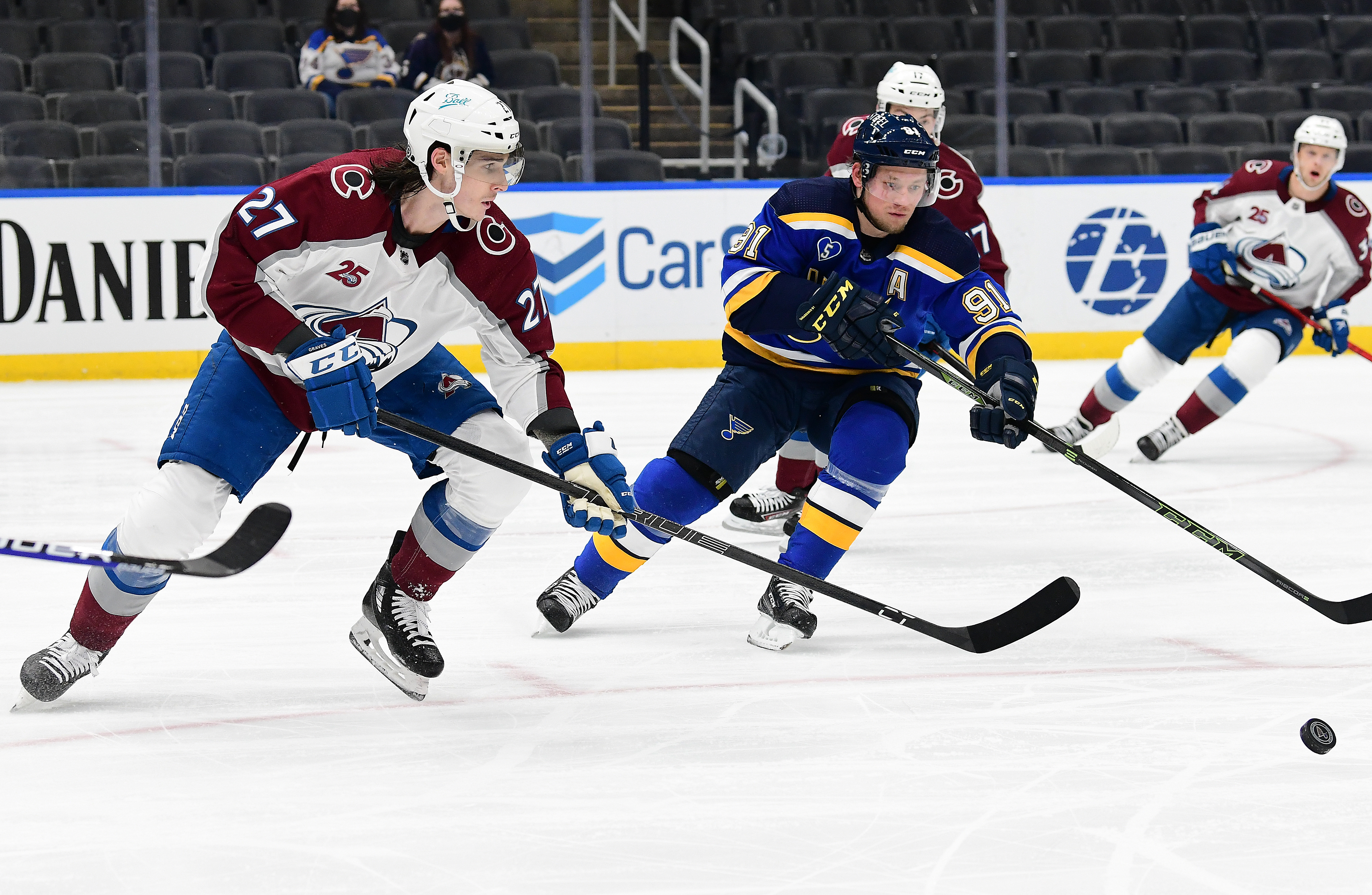 NHL: APR 26 Avalanche at Blues