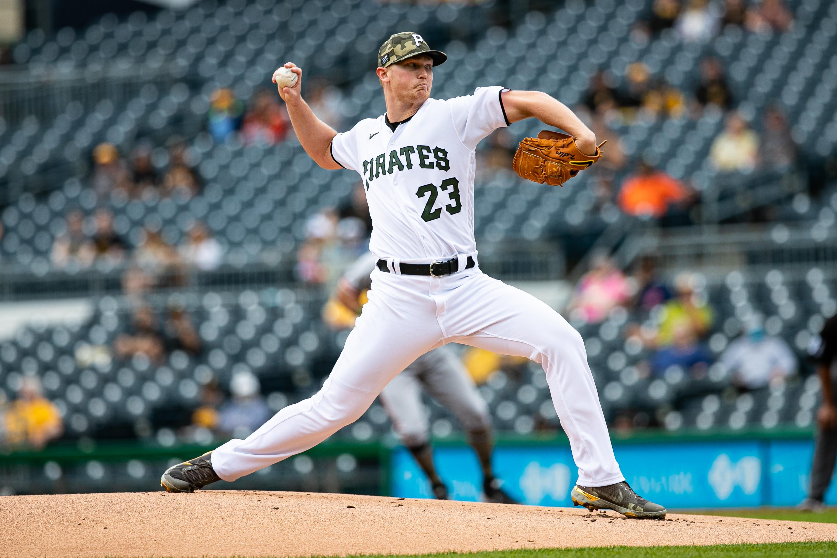 MLB: San Francisco Giants at Pittsburgh Pirates