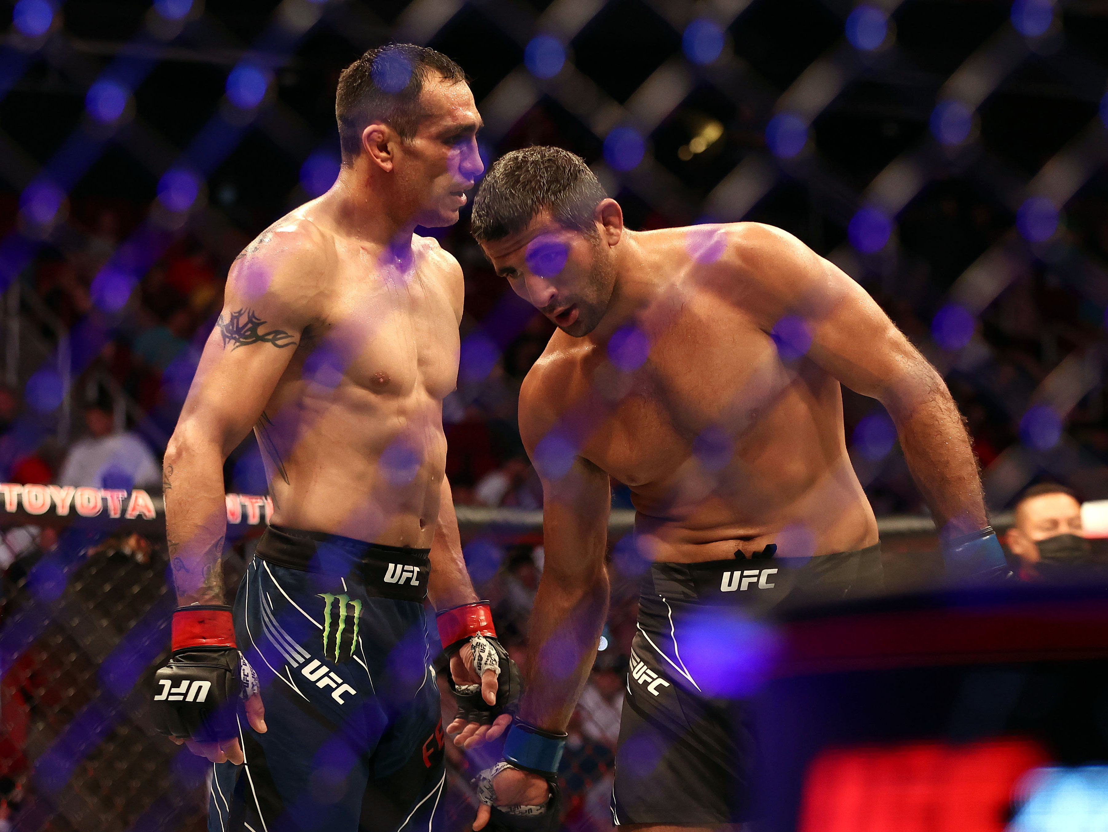 爱游戏app下载的游戏不能玩MMA:UFC 262-Ferguson VS Dariush