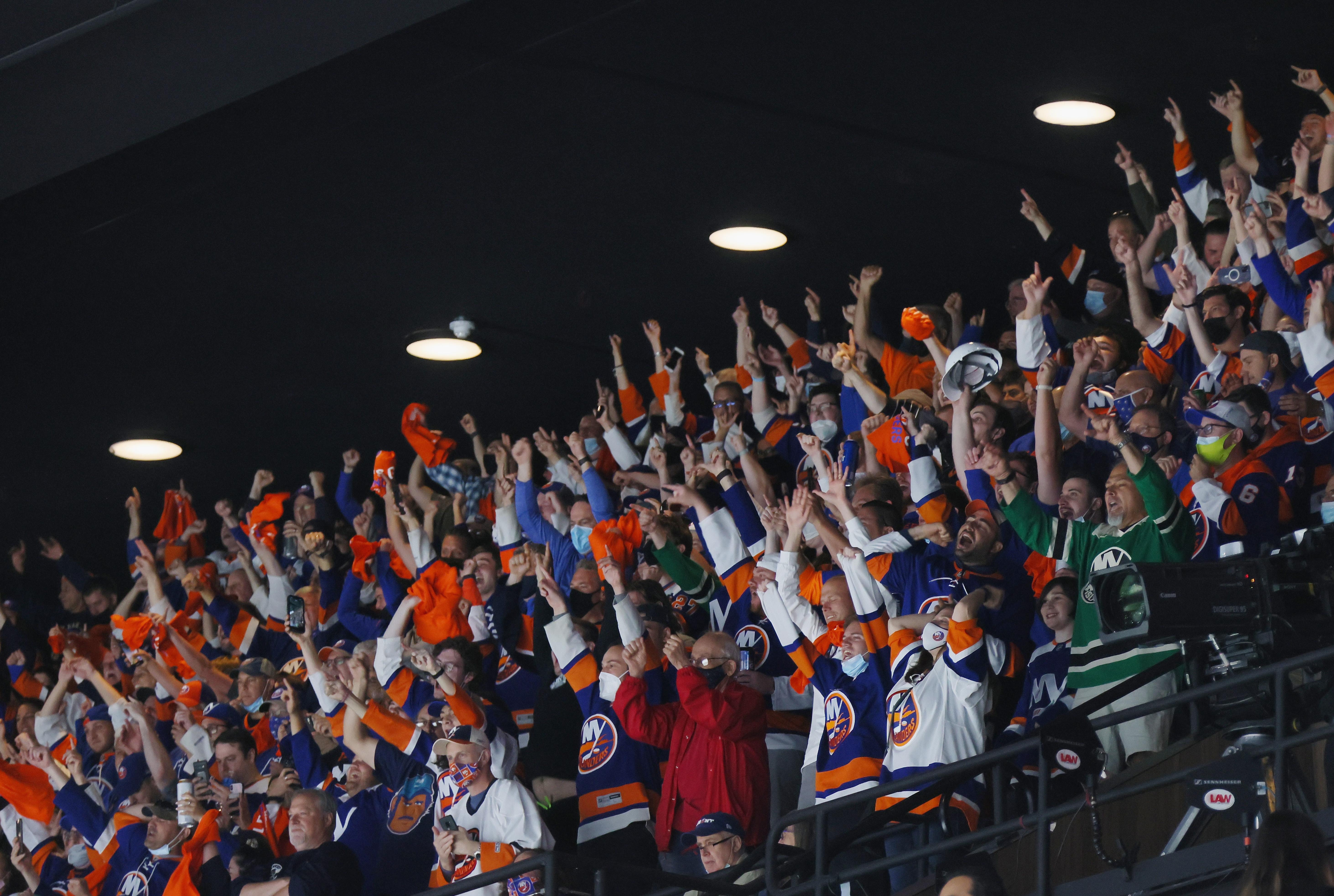 Pittsburgh Penguins v New York Islanders - Game Three