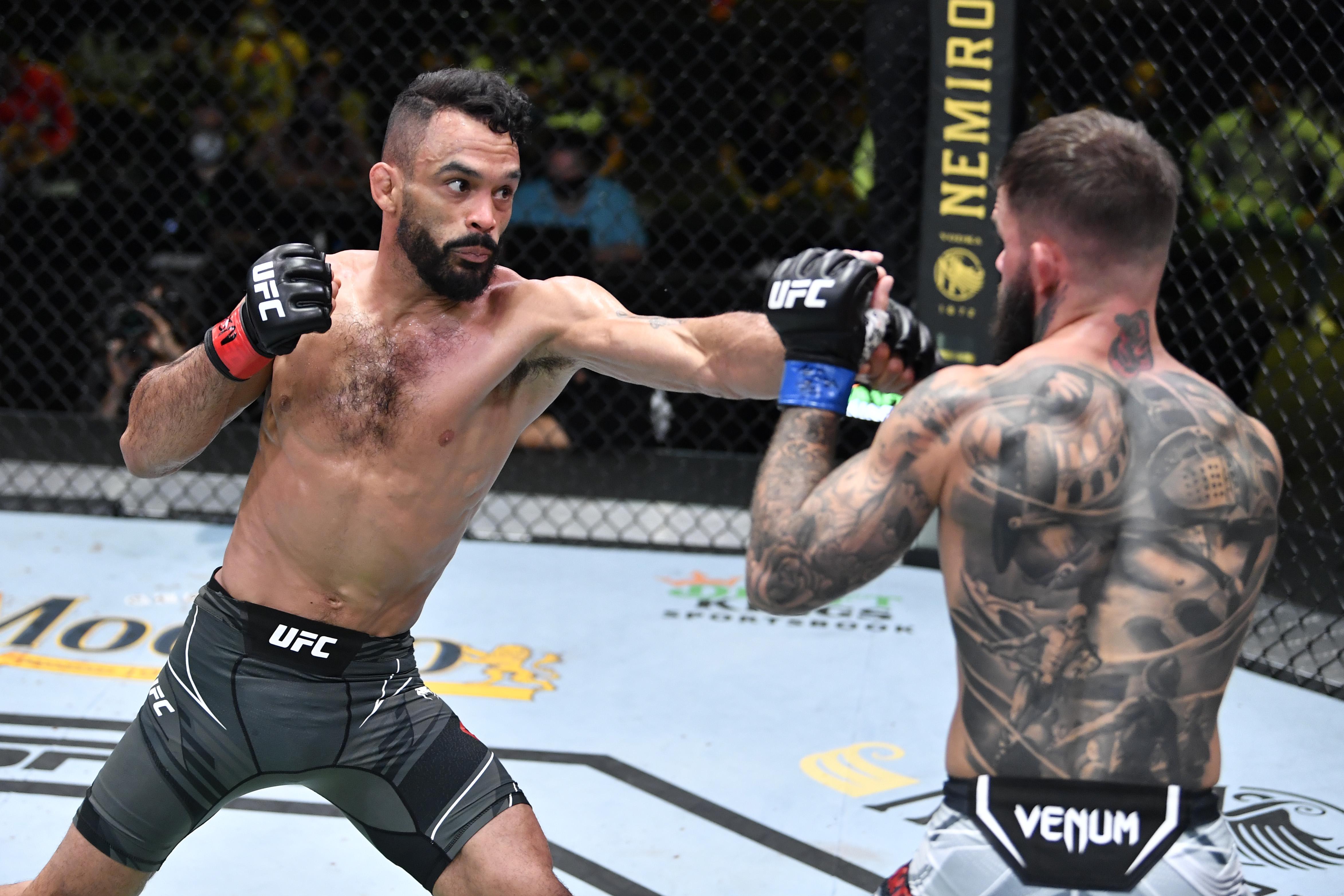 UFC夜晚:Font V Garbrandt