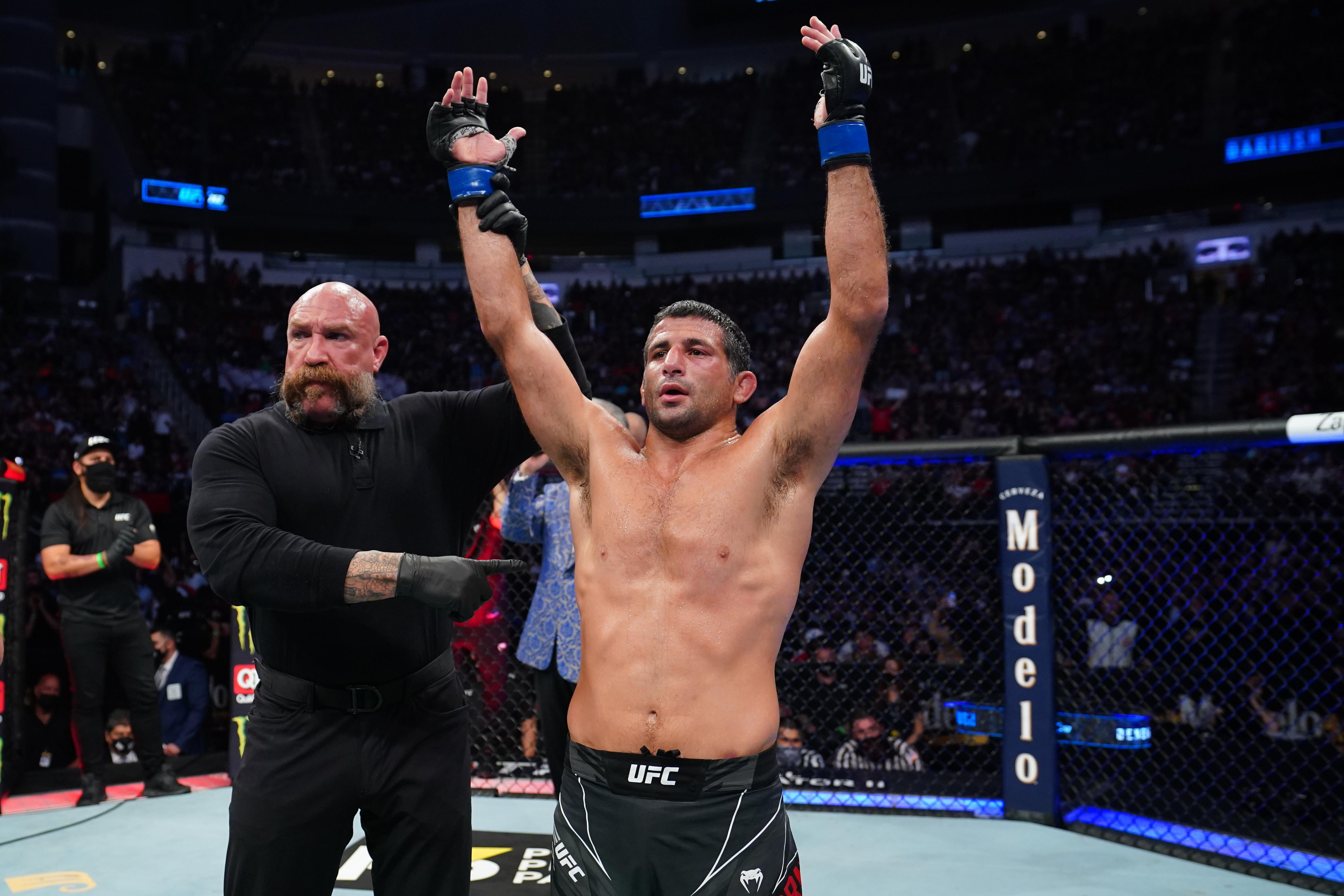 UFC 262:Ferguson V Dariush