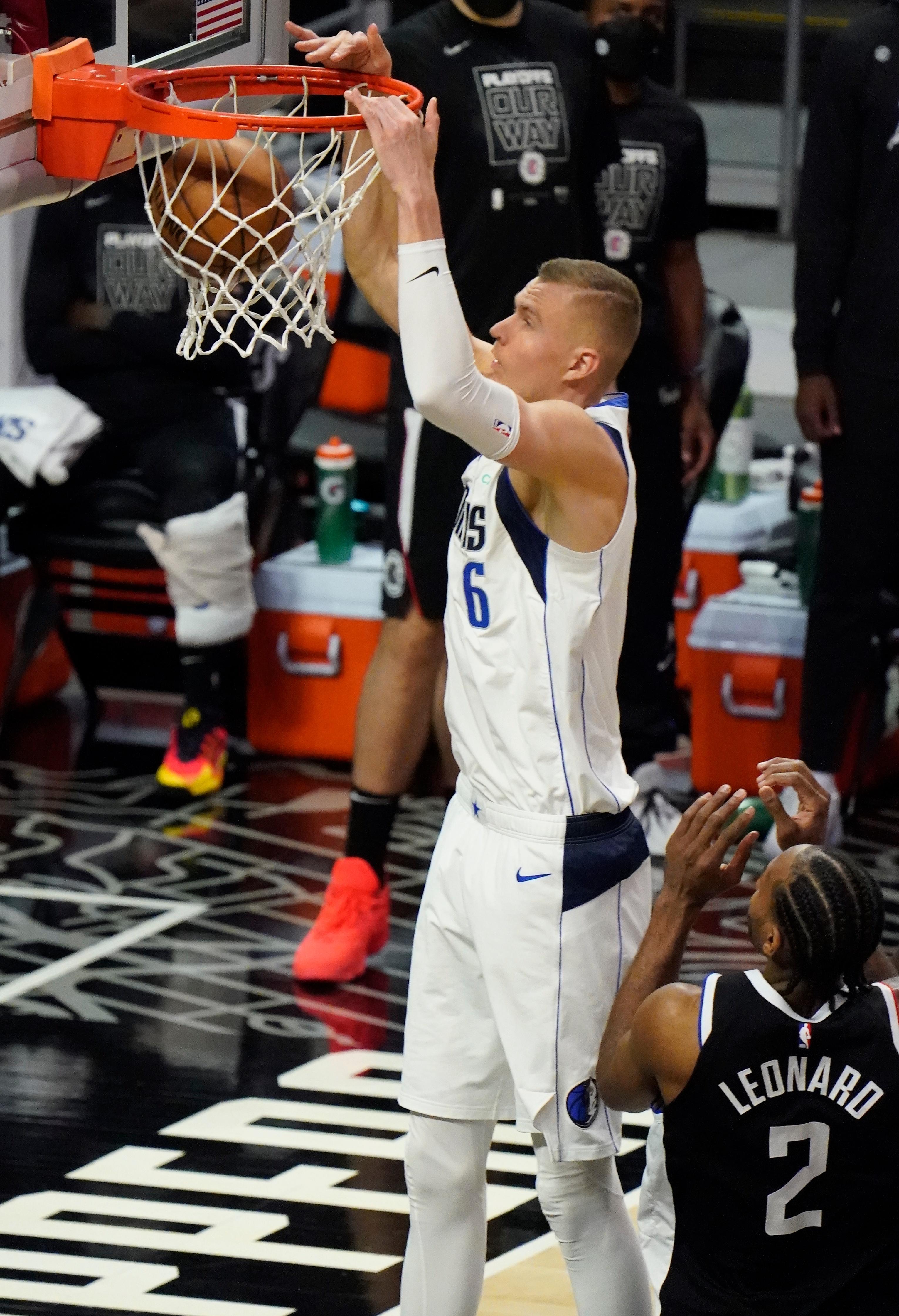 NBA: Playoffs-Dallas Mavericks at Los Angeles Clippers