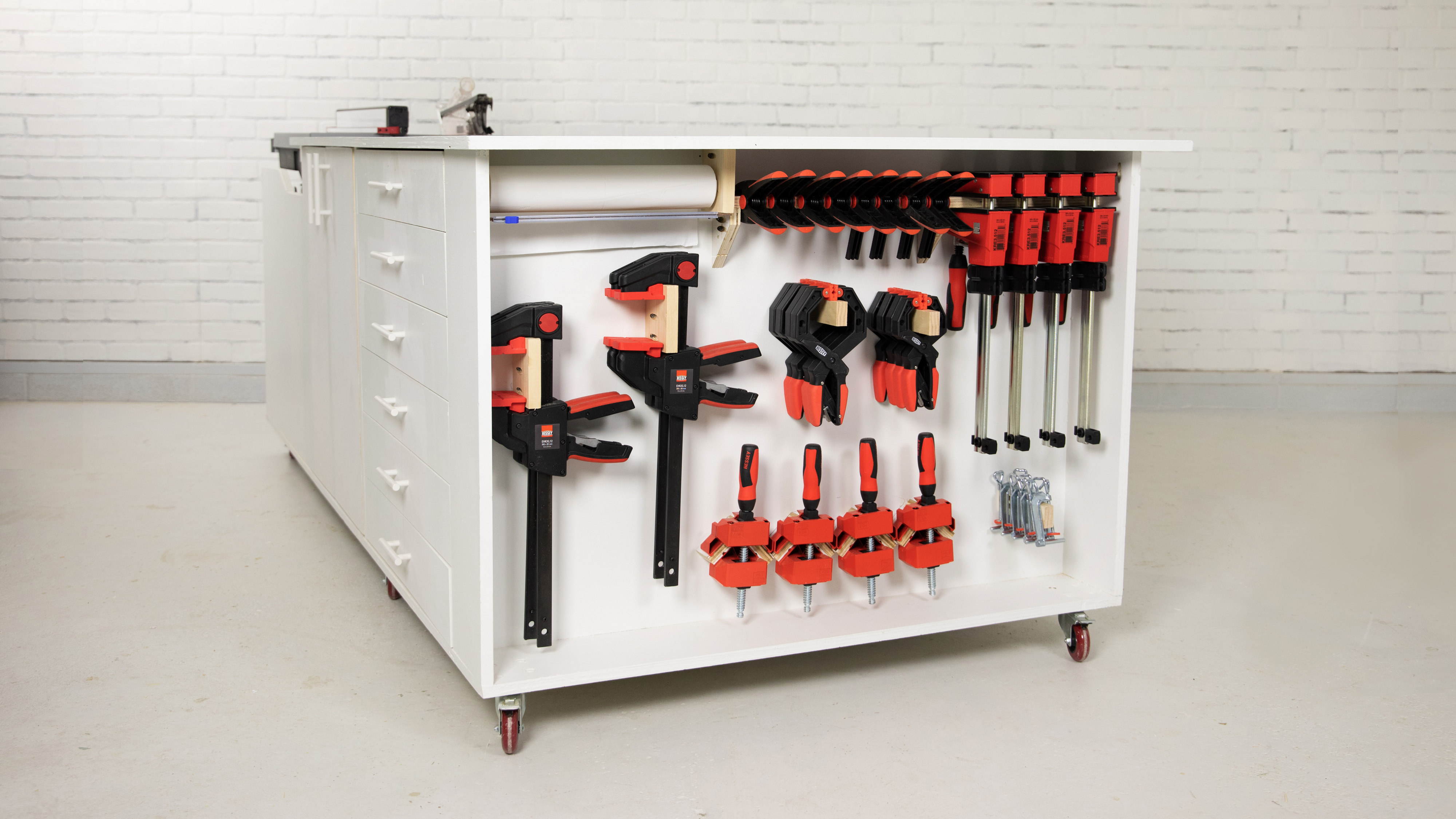 Mobile workbench with clamp rack, finished