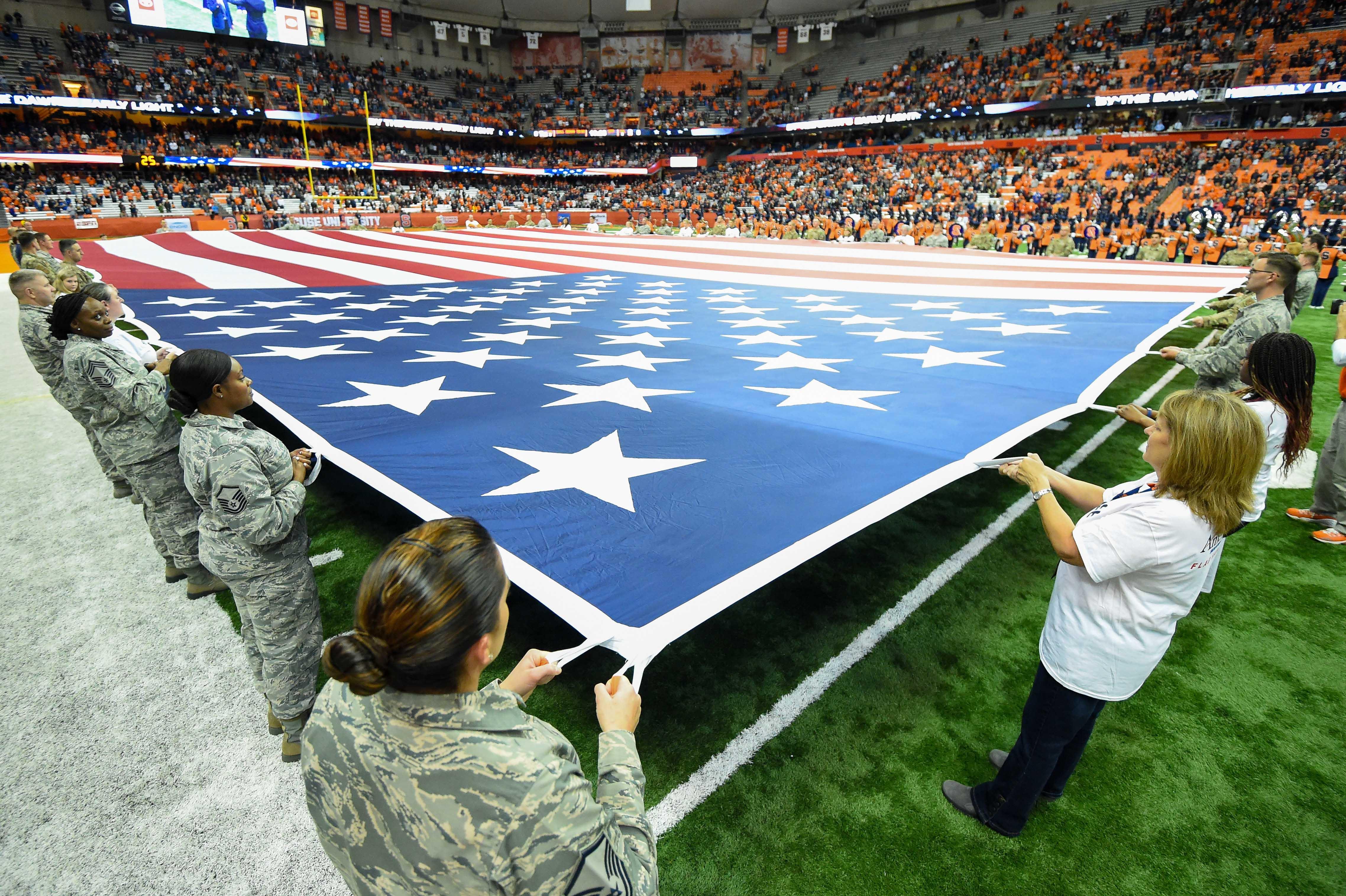 NCAA Football: Pittsburgh at Syracuse