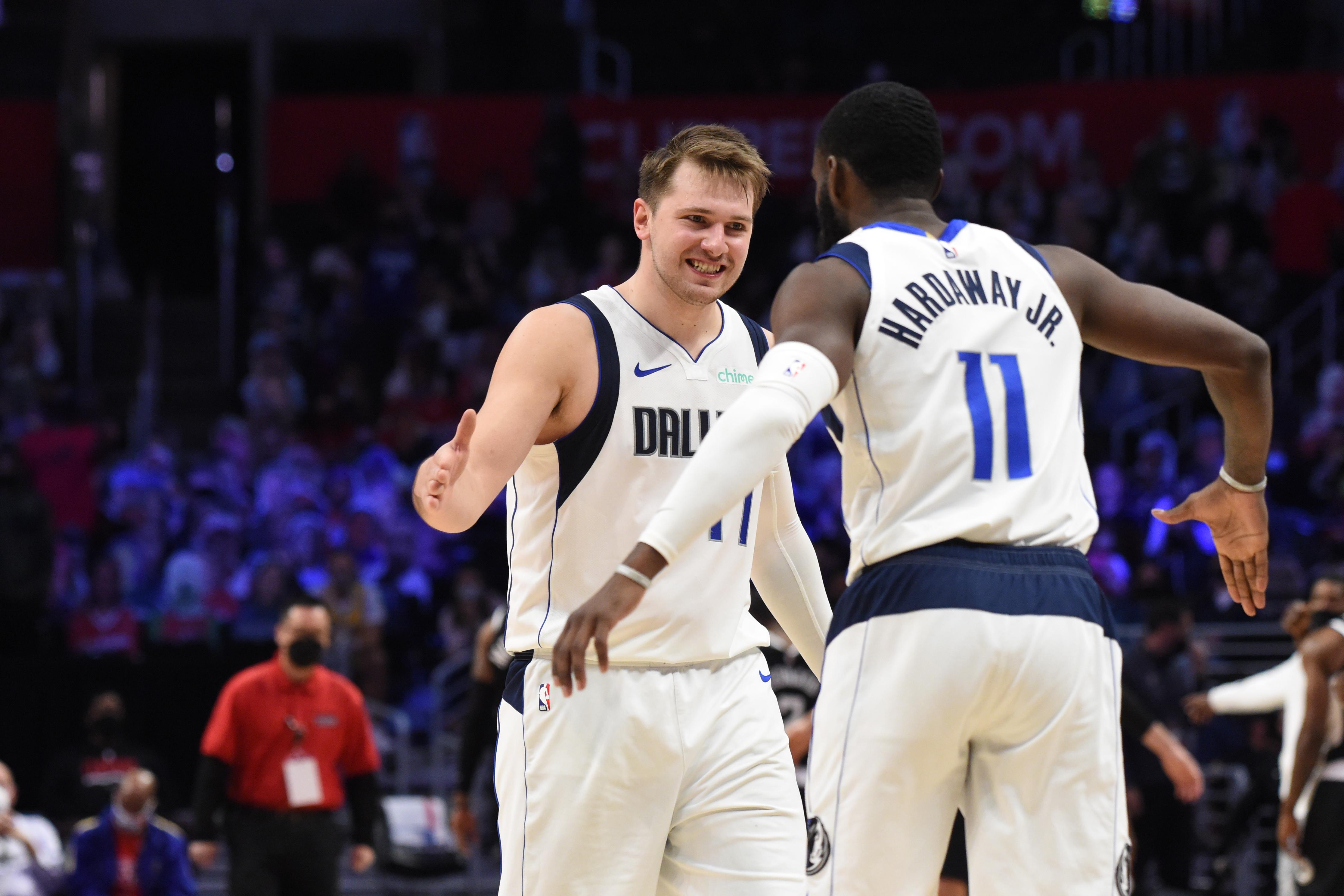 2021年NBA季后赛-达拉斯小牛队对洛杉矶快船队