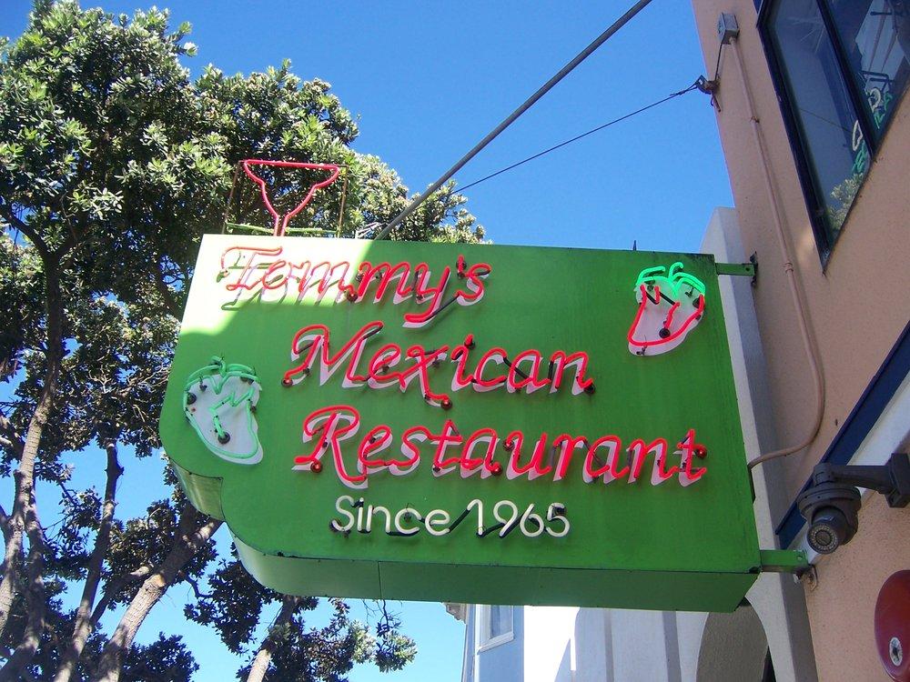 里士满附近汤米墨西哥餐厅的霓虹灯招牌
