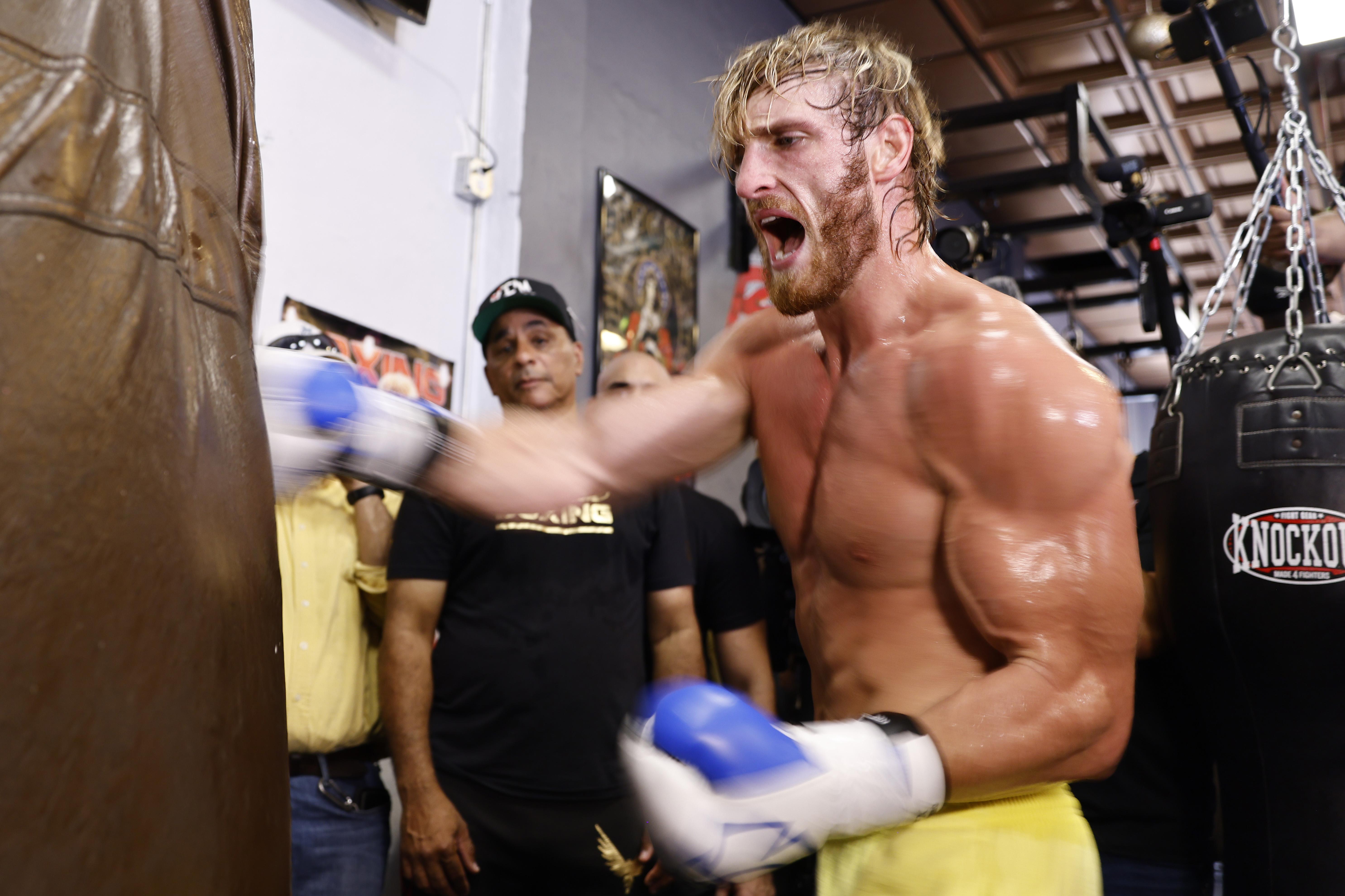 Floyd Mayweather vs. Logan Paul includecrazy prop bets