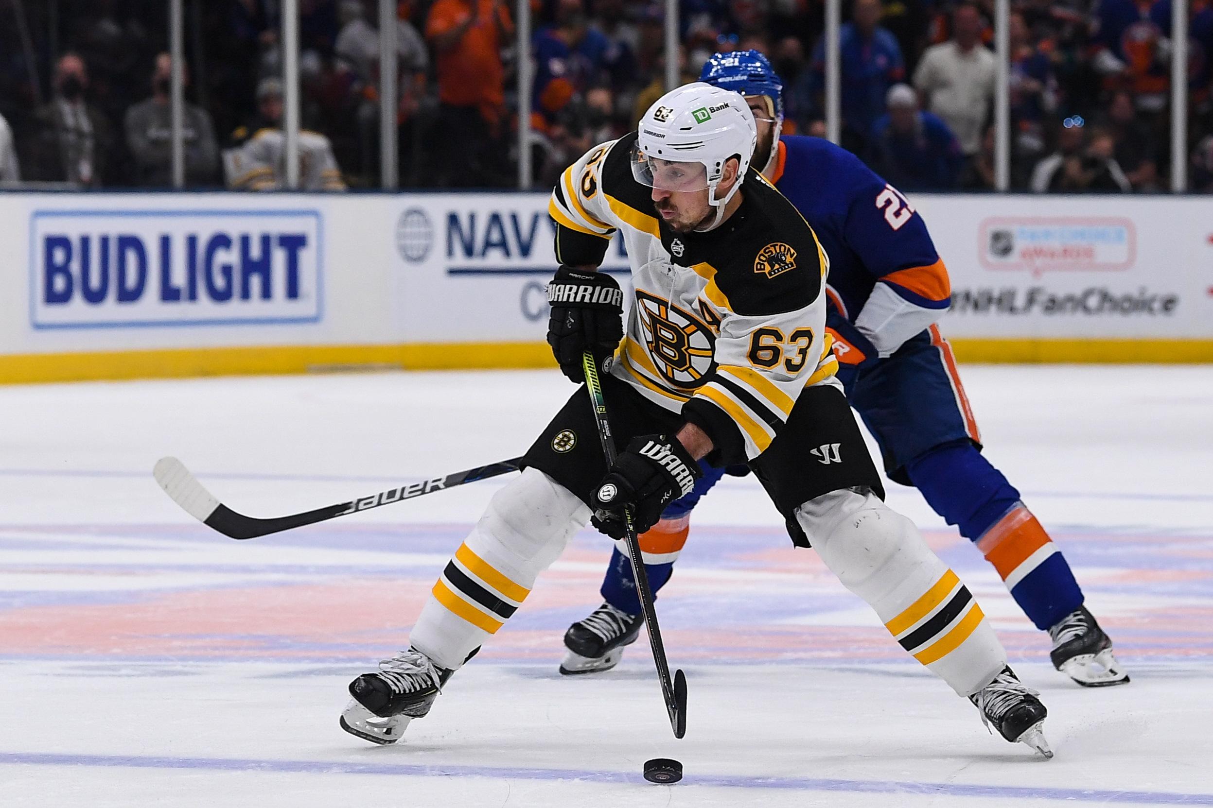 NHL: Stanley Cup Playoffs-Boston Bruins at New York Islanders