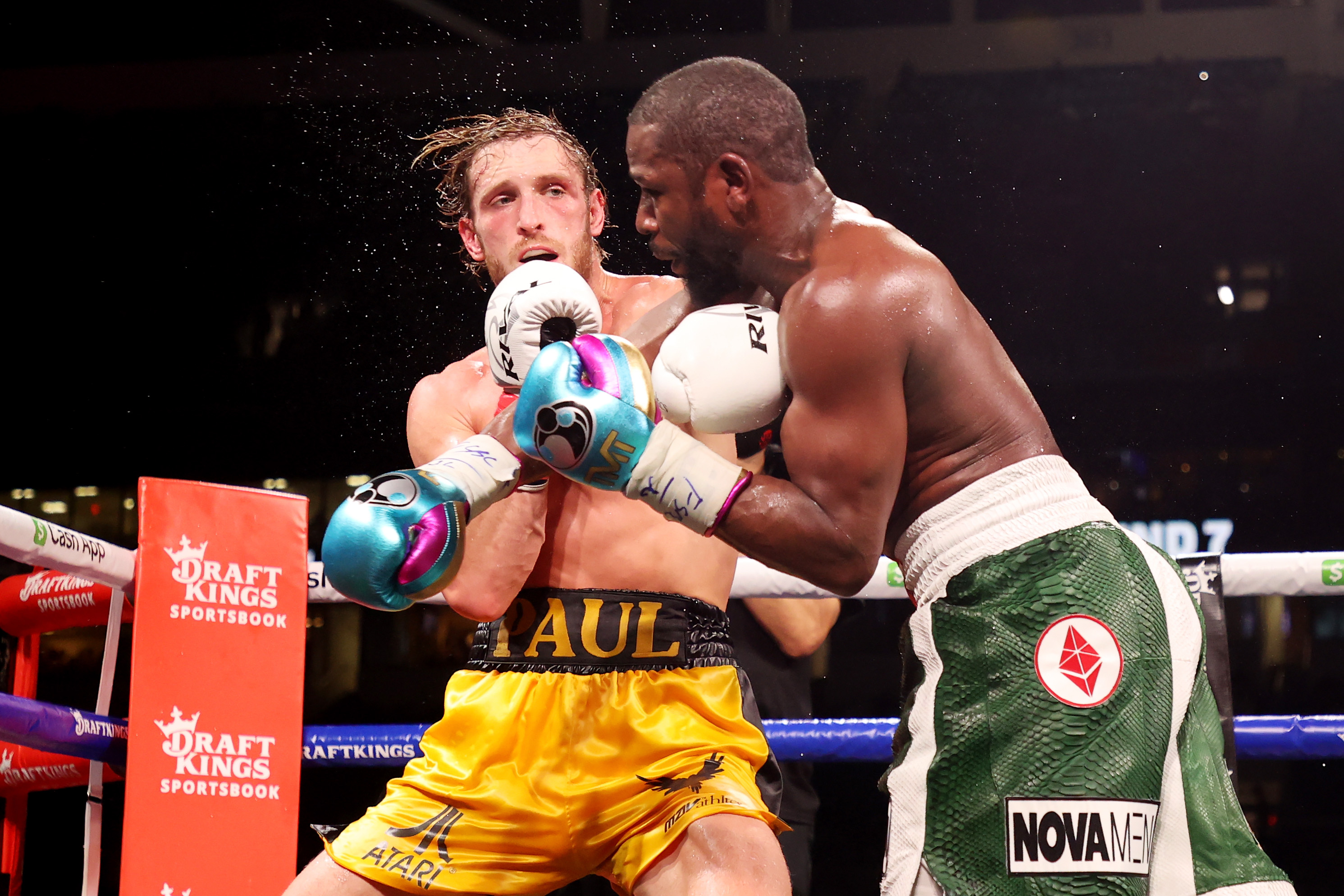 Floyd Mayweather battles Logan Paul at the Miami Gardens.