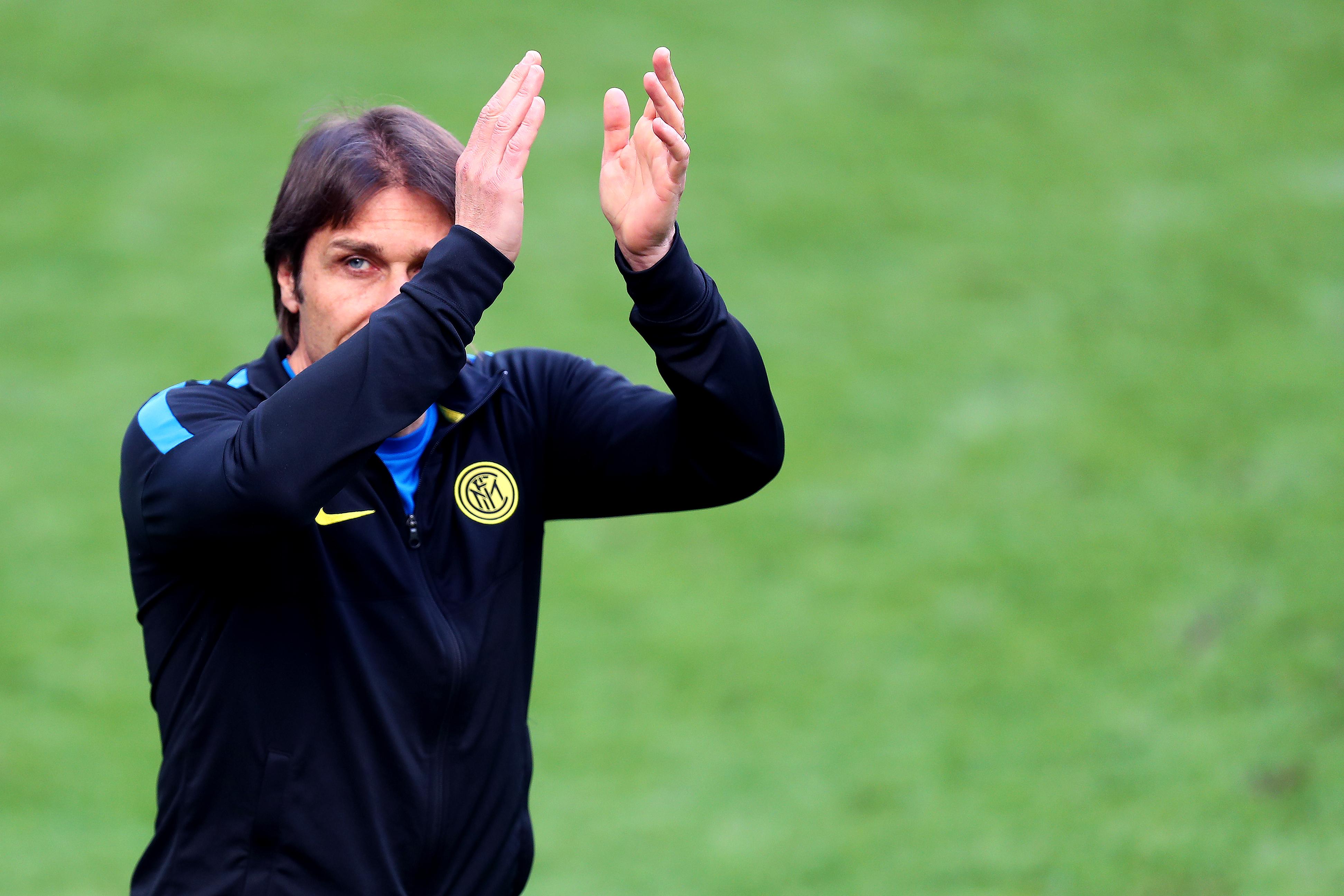 Antonio Conte,FC Internazionale的主教练,庆祝......