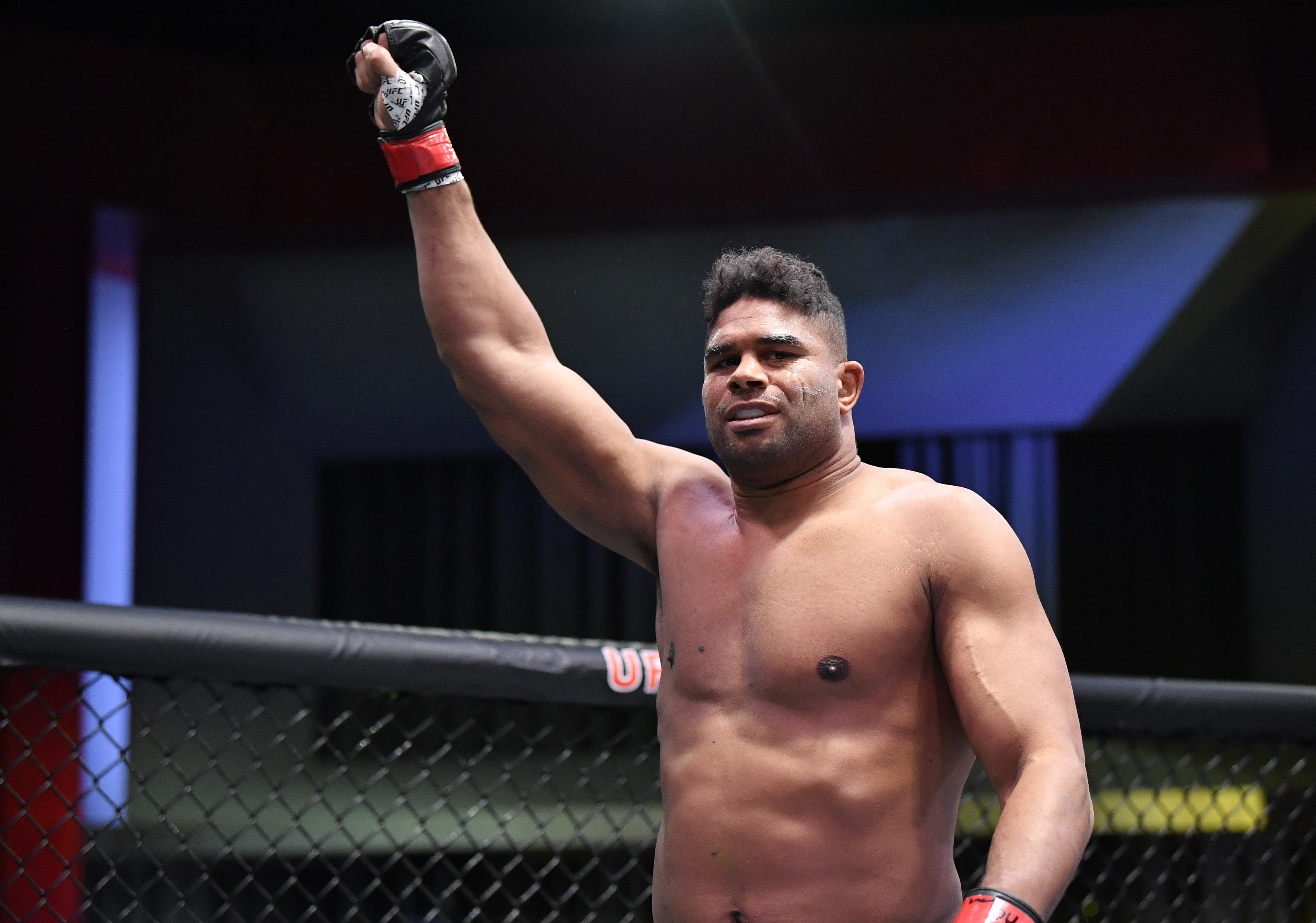 Alistair Overeem is getting back into the ring by the end of the year.