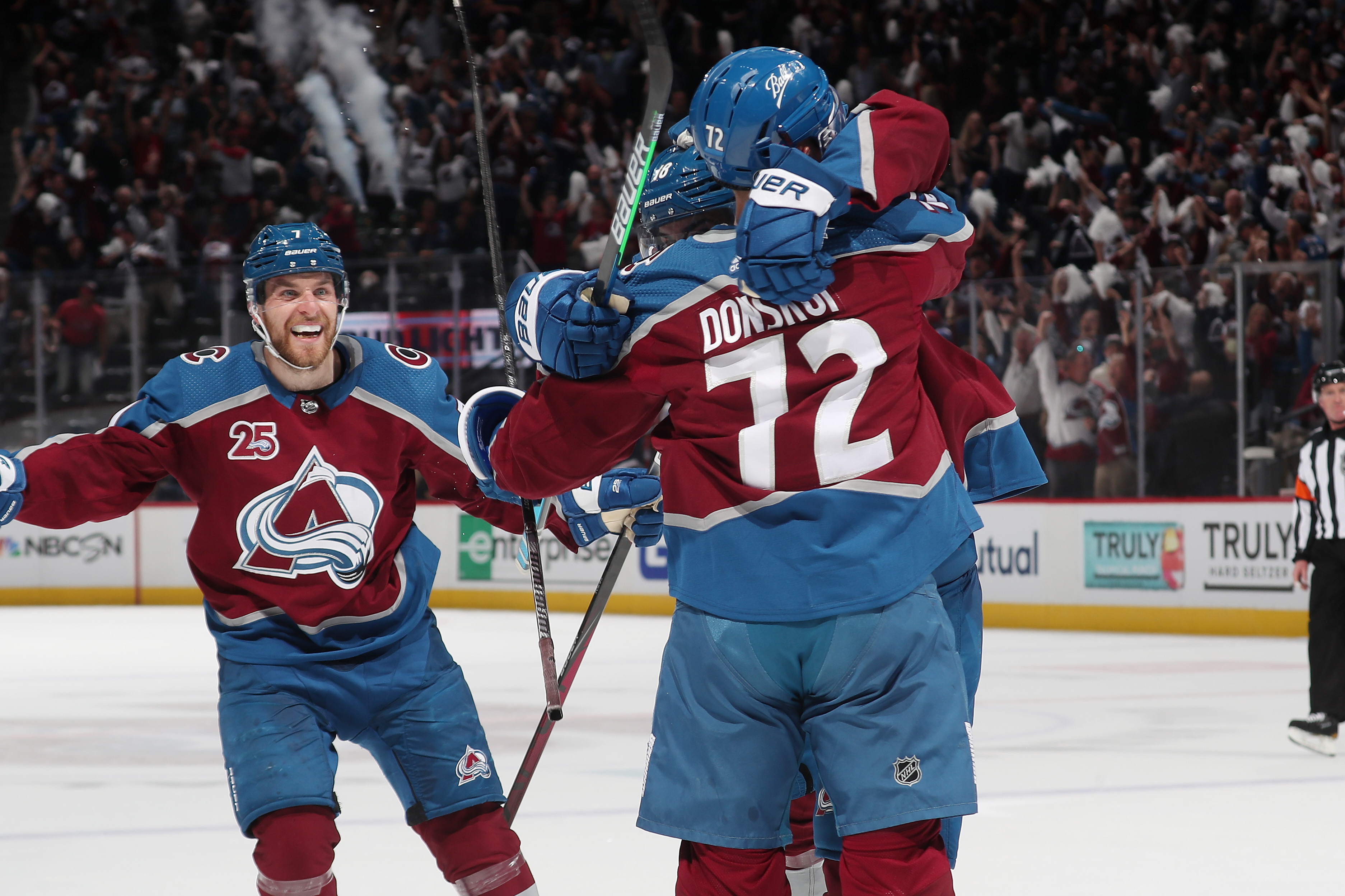 Joonas Donskoi #72 of the Colorado Avalanche celebrates a goal against the Vegas Golden Knights with teammates Alex Newhook #18 and Brandon Saad #20 in Game Five of the Second Round of the 2021 Stanley Cup Playoffs at Ball Arena on June 08, 2021 in Denver, Colorado.