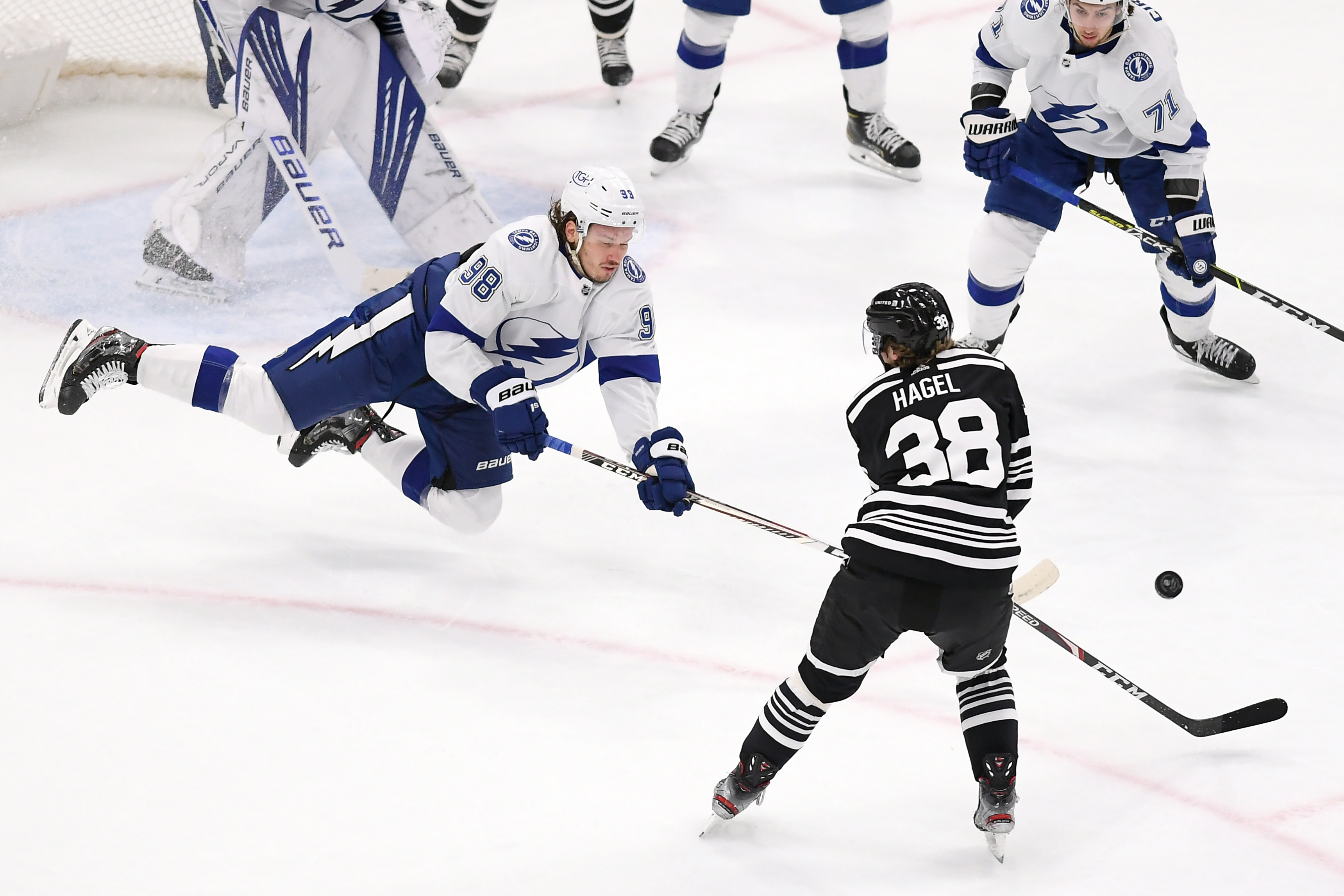 NHL: APR 27 Lightning at Blackhawks