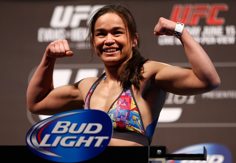UFC 161 Weigh-in