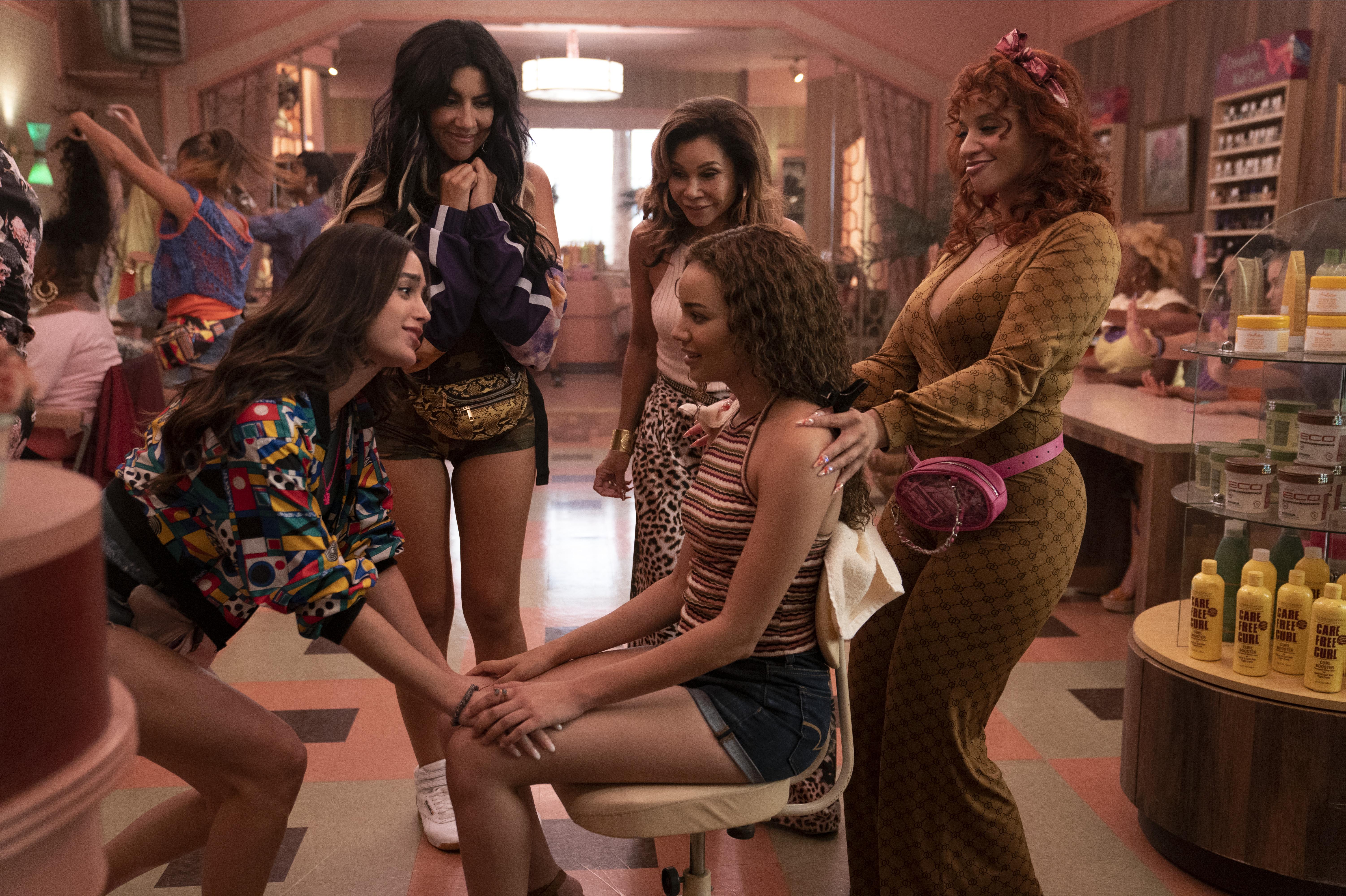 Five women in a beauty salon.