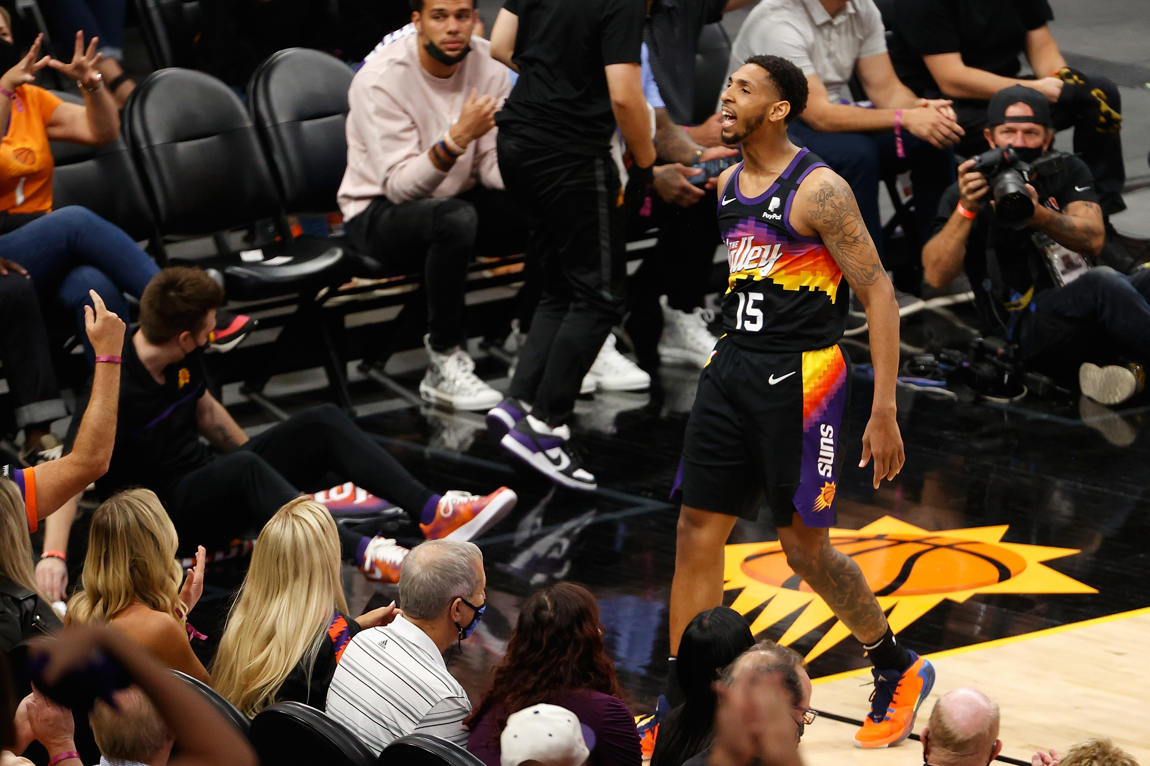 Denver Nuggets v Phoenix Suns - Game Two