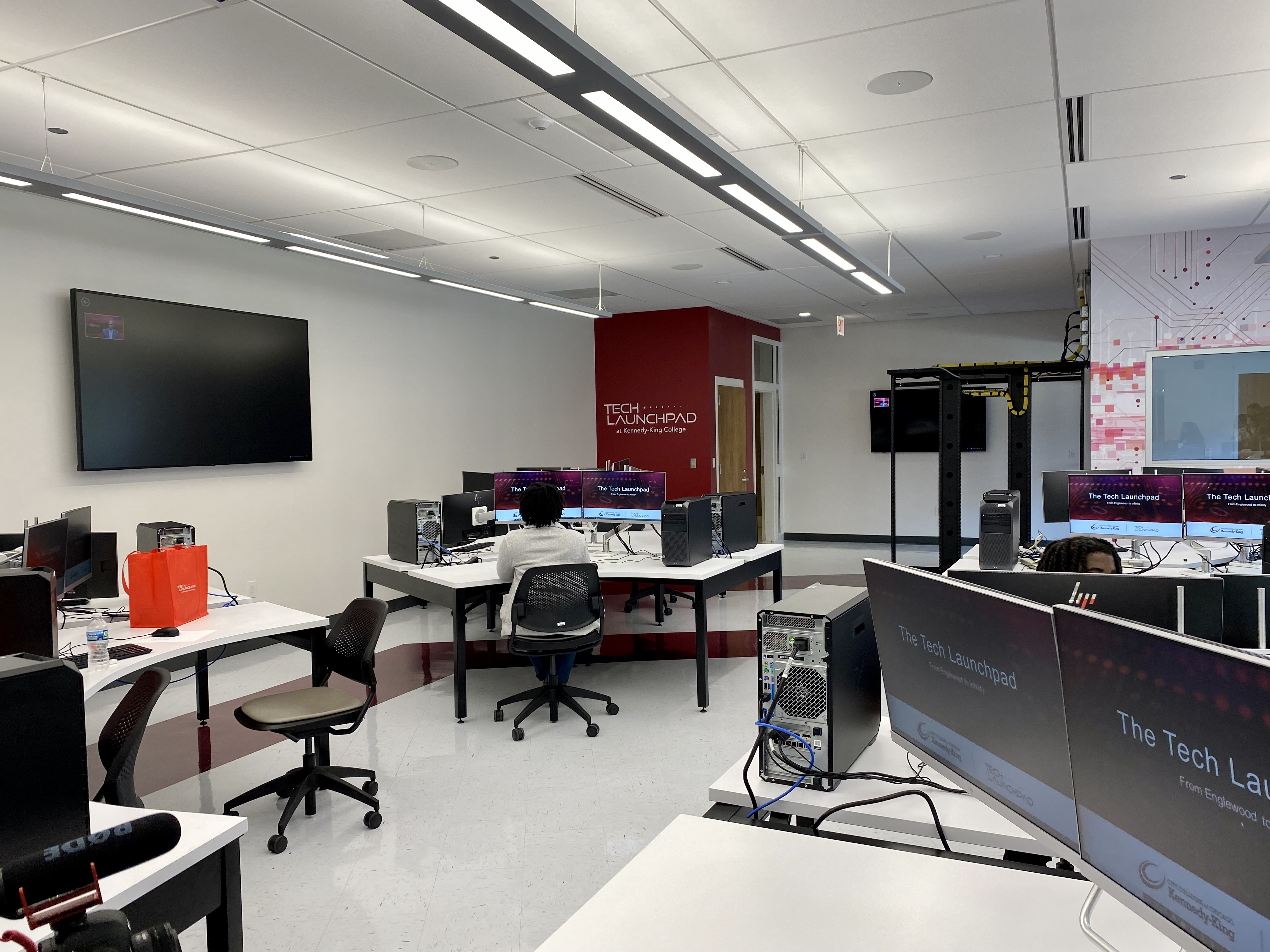 The new Tech Launchpad program at Kennedy-King College includes a host of credit courses and certification classes, as well as a new lab for students to work in.