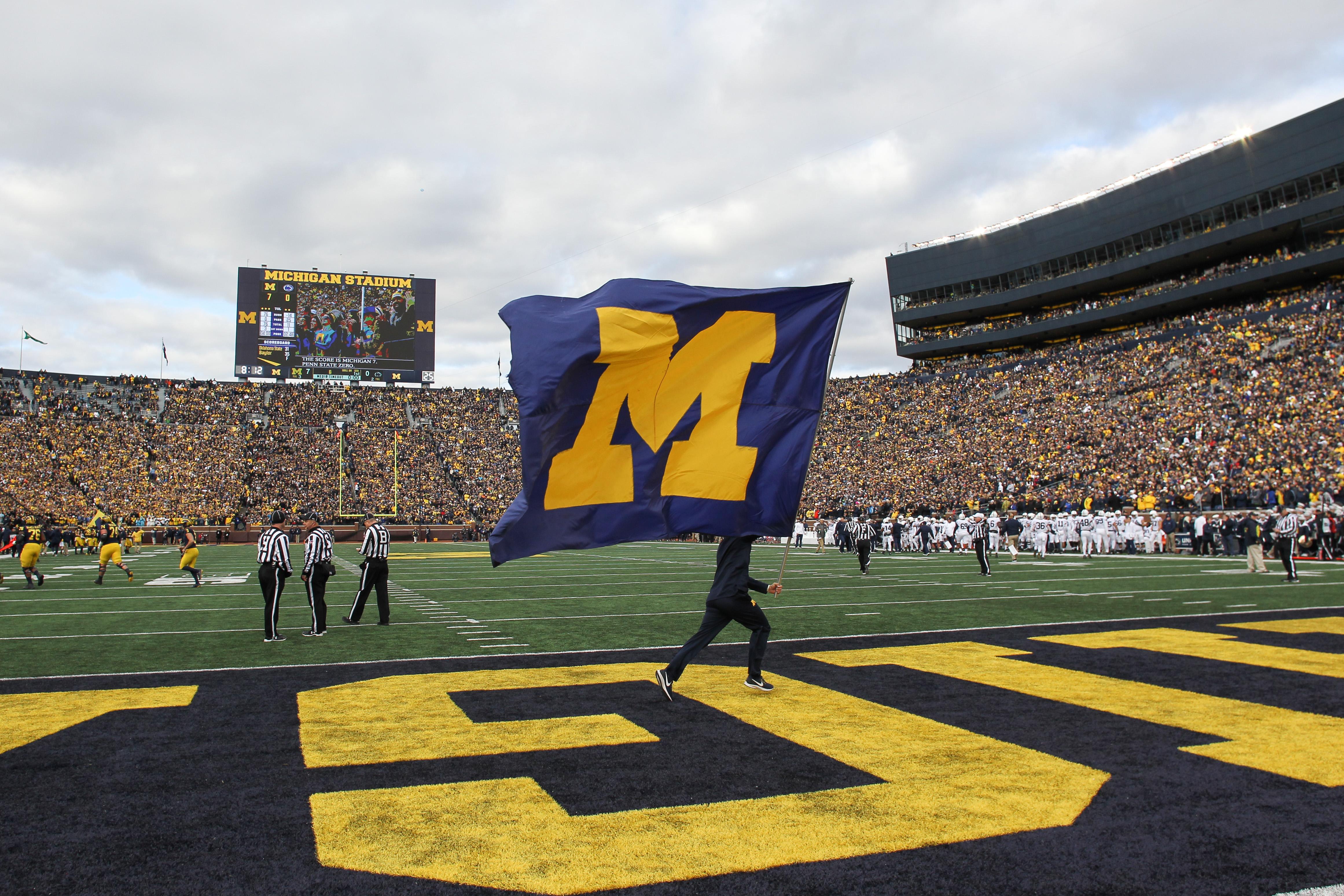COLLEGE FOOTBALL: NOV 03 Penn State at Michigan