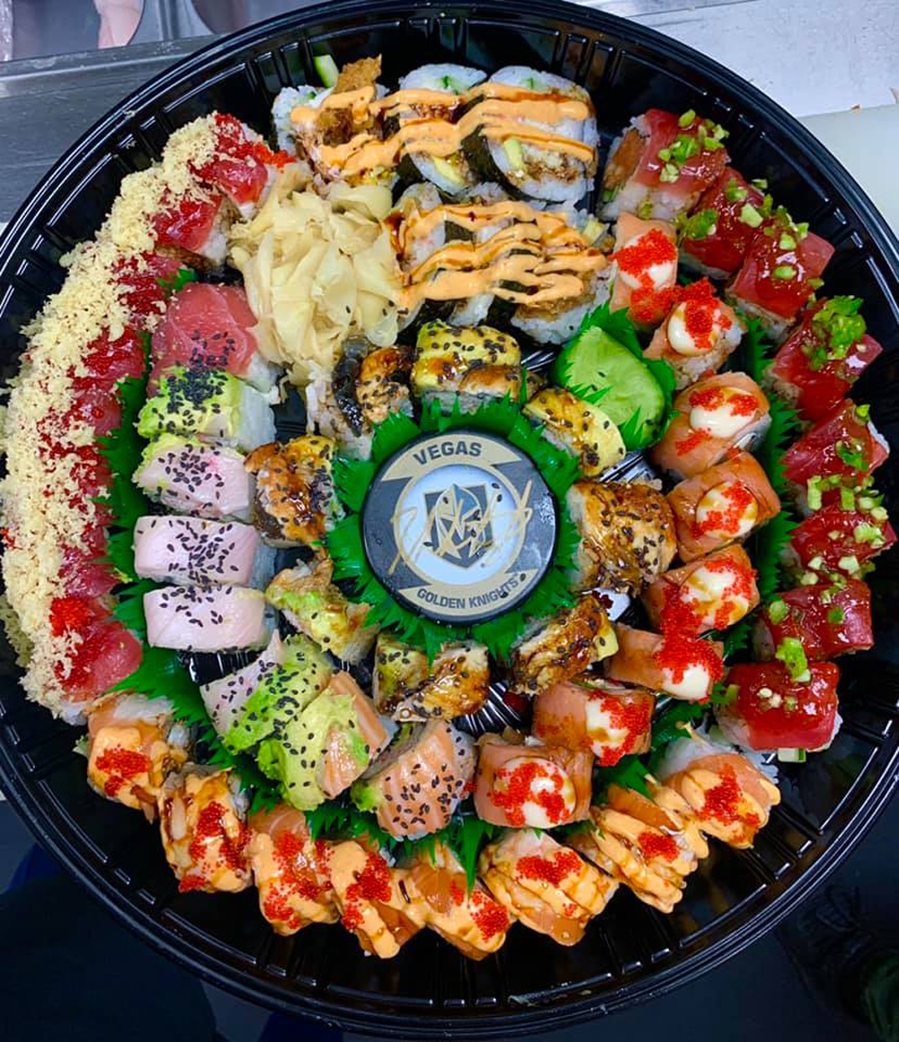 Go Knights Sushi拼盘,在按需菜单上寿司,前往南部高地。