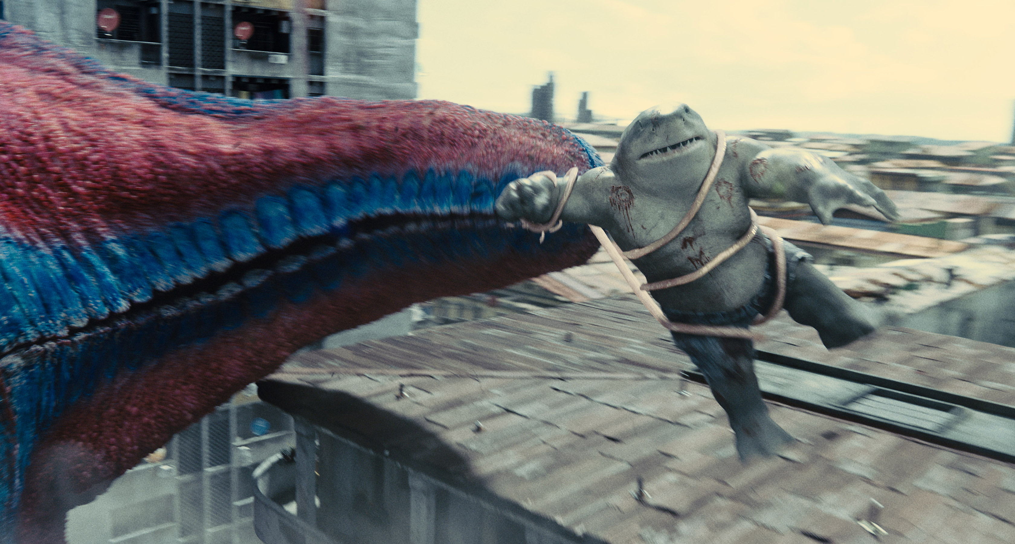 Starrp grabs King Shark in The Suicide Squad
