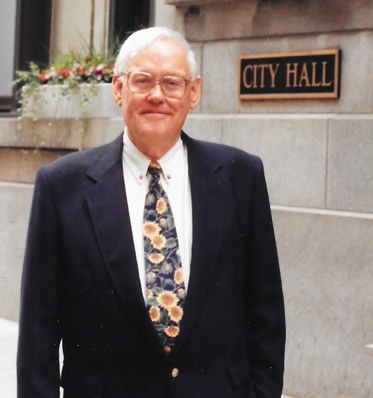 Frank Sullivan, news reporter who became press secretary for Mayor Richard J. Daley