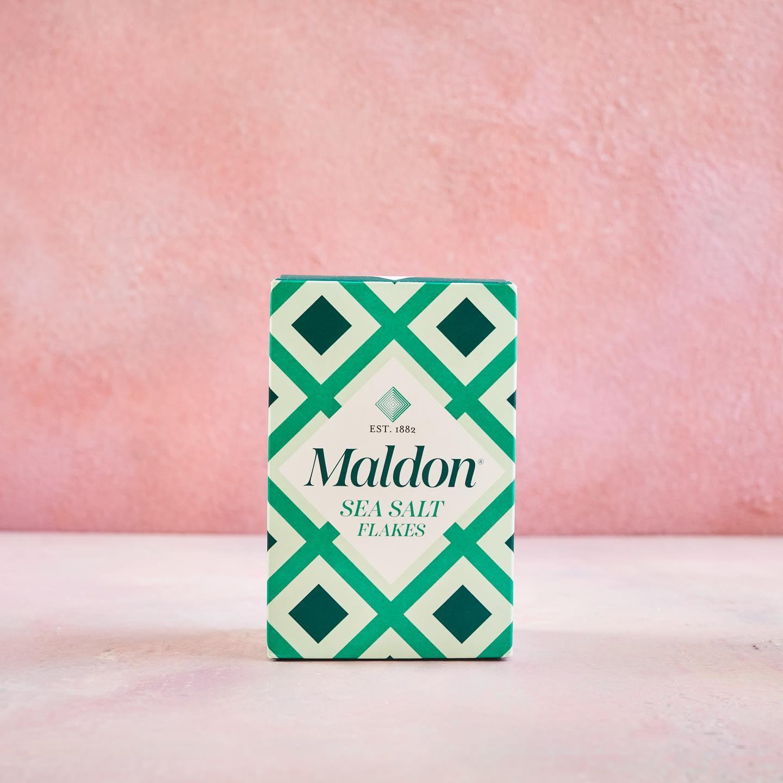 """马尔登盐正在改头换面。这家总部位于埃塞克斯的公司表示,以绿色钻石为特色的新外观旨在""""尊重我们丰富的历史,拥抱我们家族企业的未来"""""""