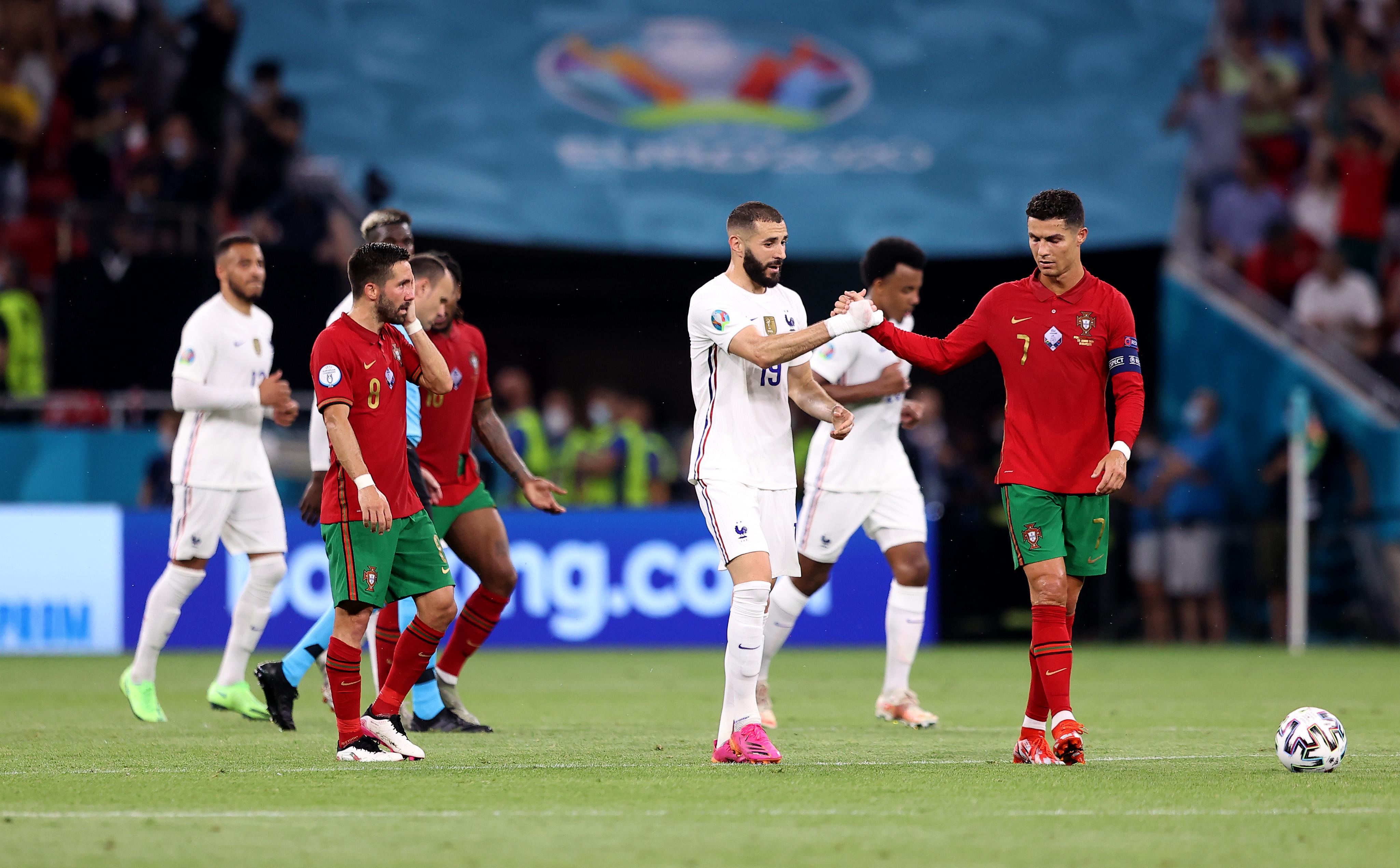 Karim Benzema talks with Cristiano Ronaldo - Portugal v France - UEFA Euro 2020