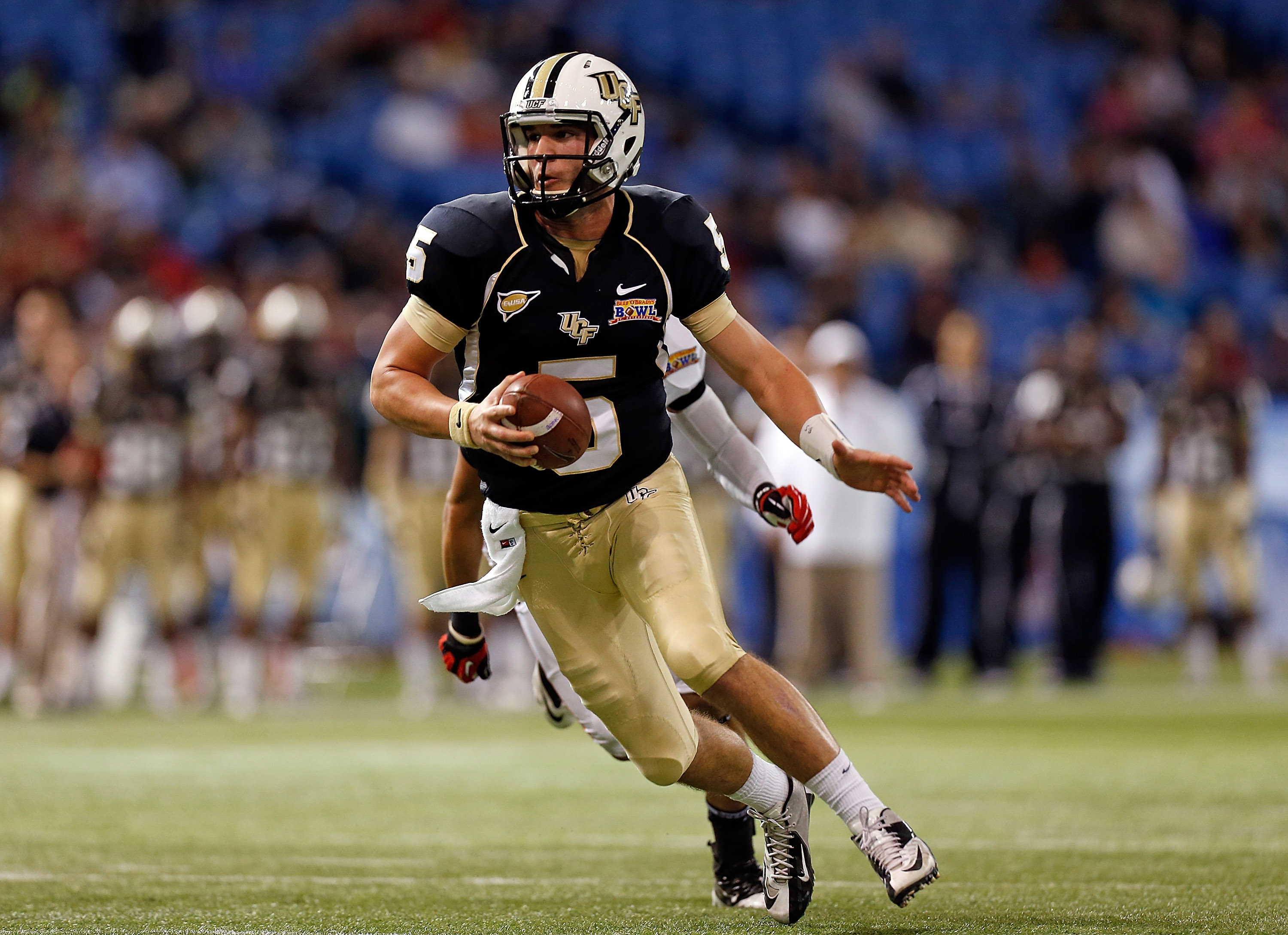 Beef 'O' Brady's St Petersburg Bowl - Ball State v Central Florida