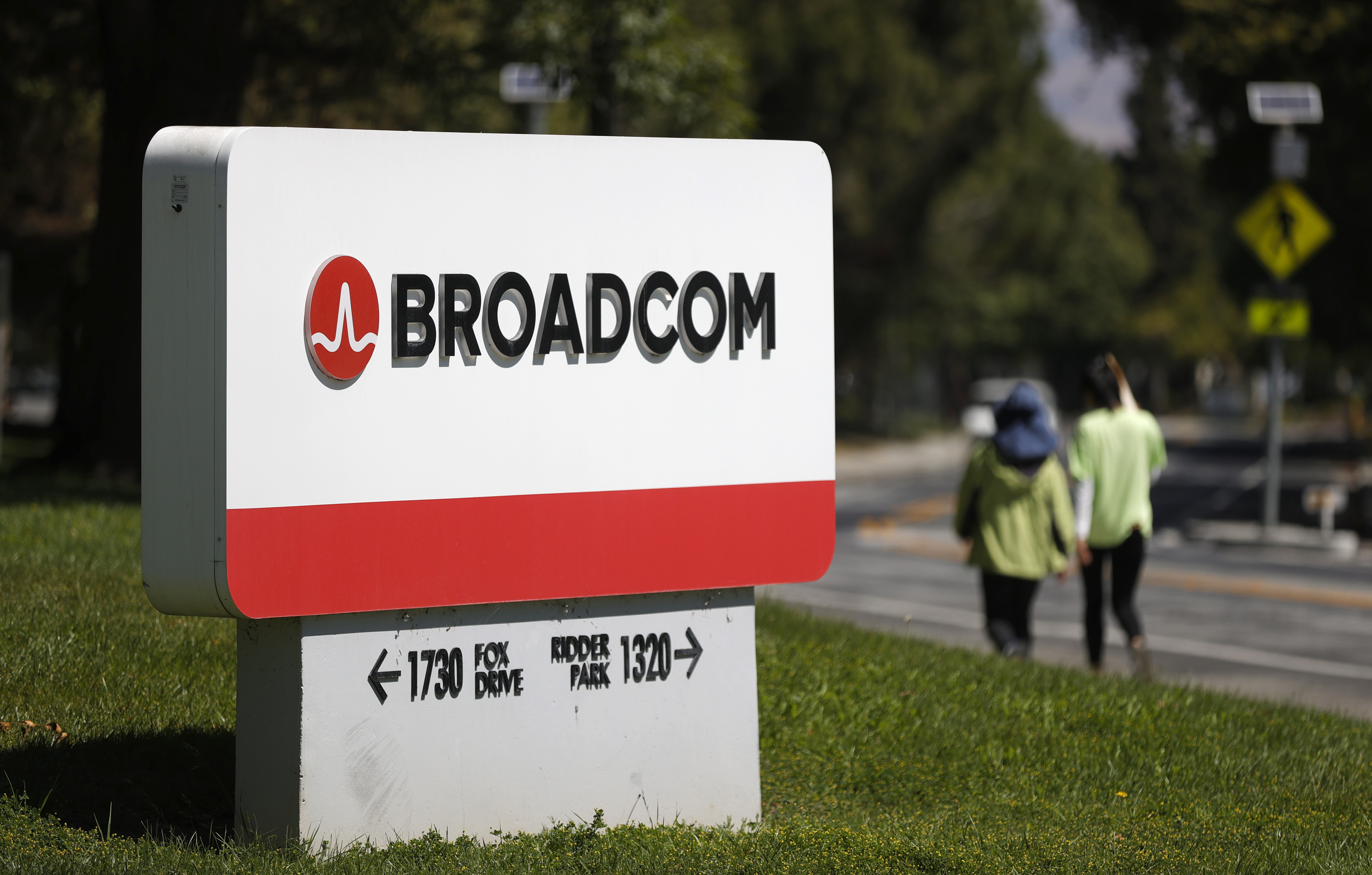 Broadcom Expected To Beat Quarterly Earnings Expectations