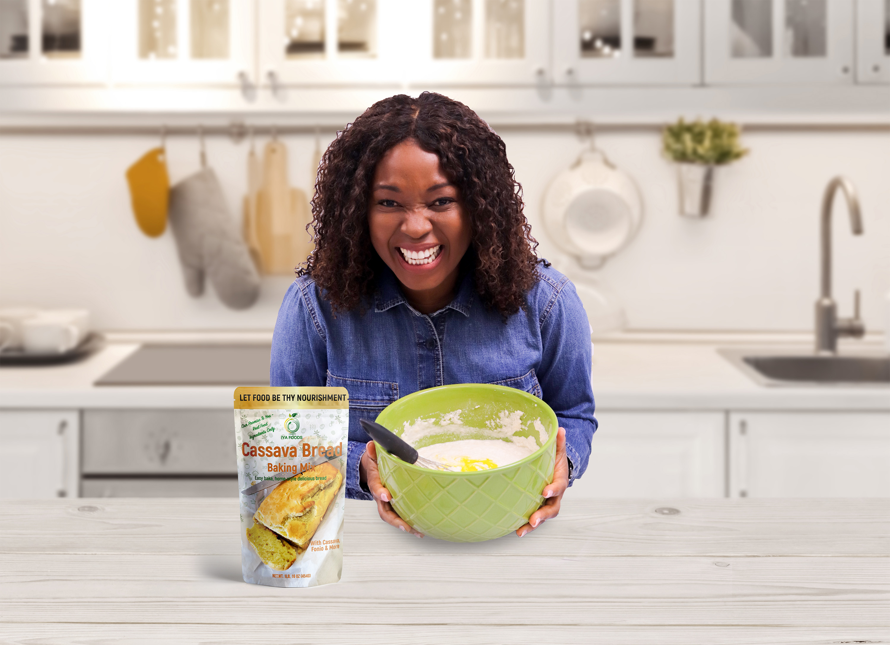 Local entrepreneur Toyin Kolawole started her own superfoods company, Iya Foods, selling easy one-pot mixes, baking mixes, vegetable powders, spices and seasonings, based on the foods she grew up with in Nigeria.