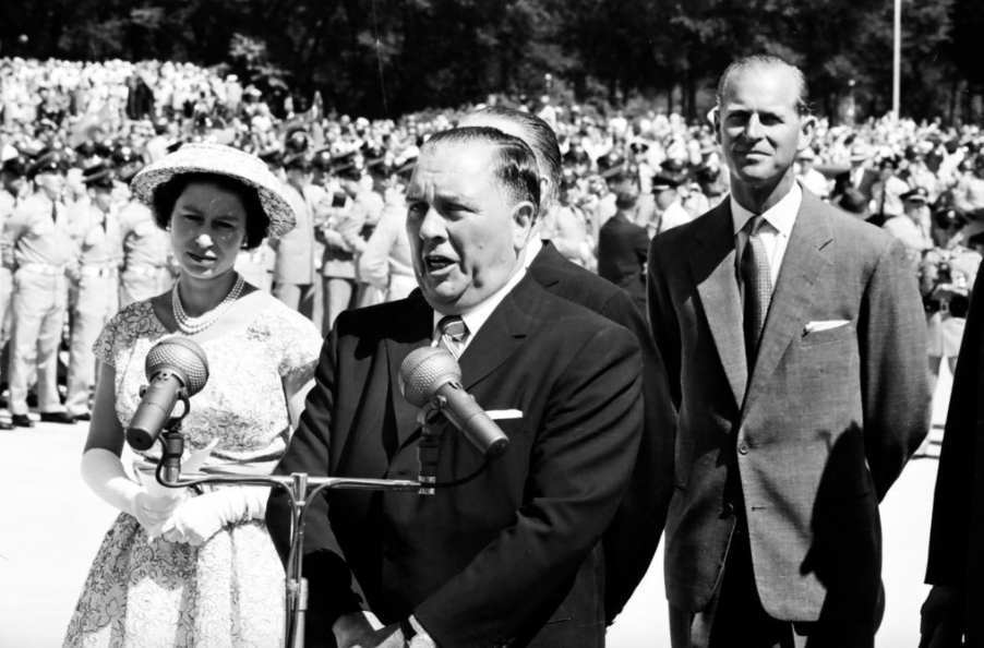 Richard M. Daley welcomes Queen Elizabeth II and Prince Philip to Chicago on July 6, 1959.