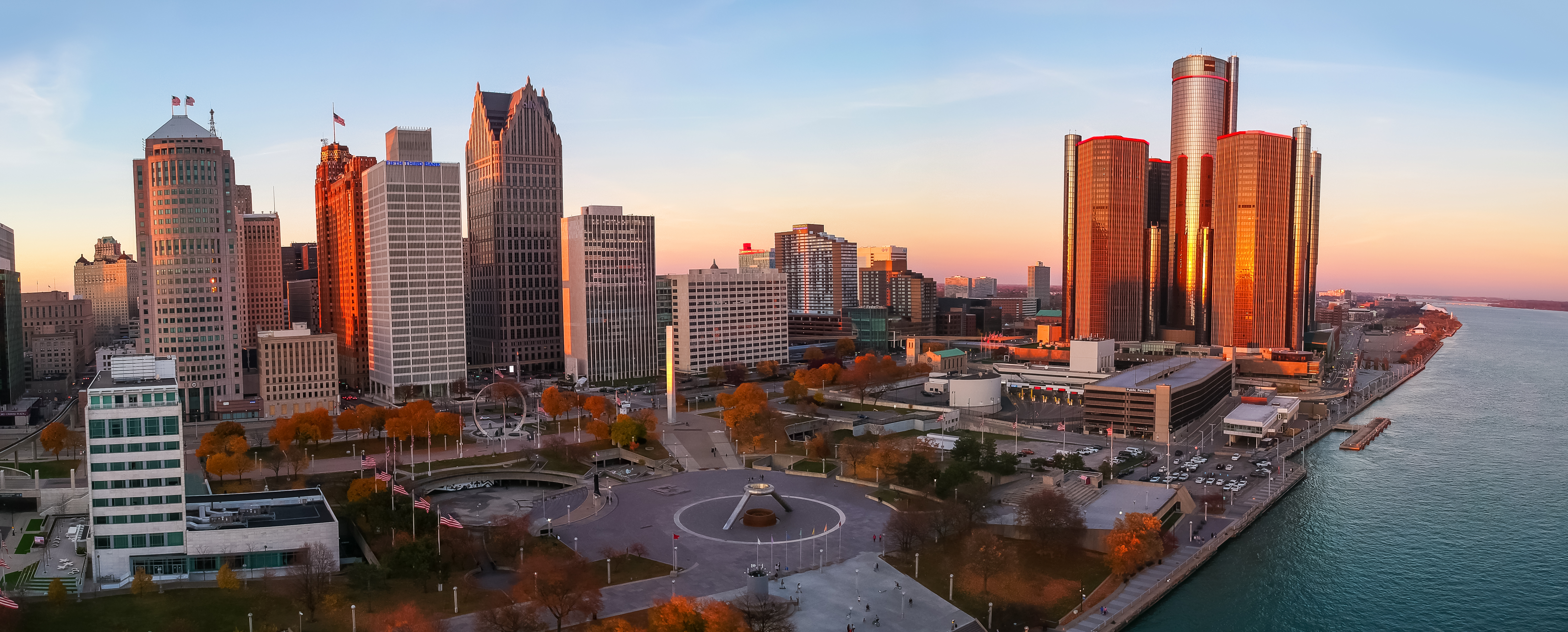 A skyline of Detroit would various buildings