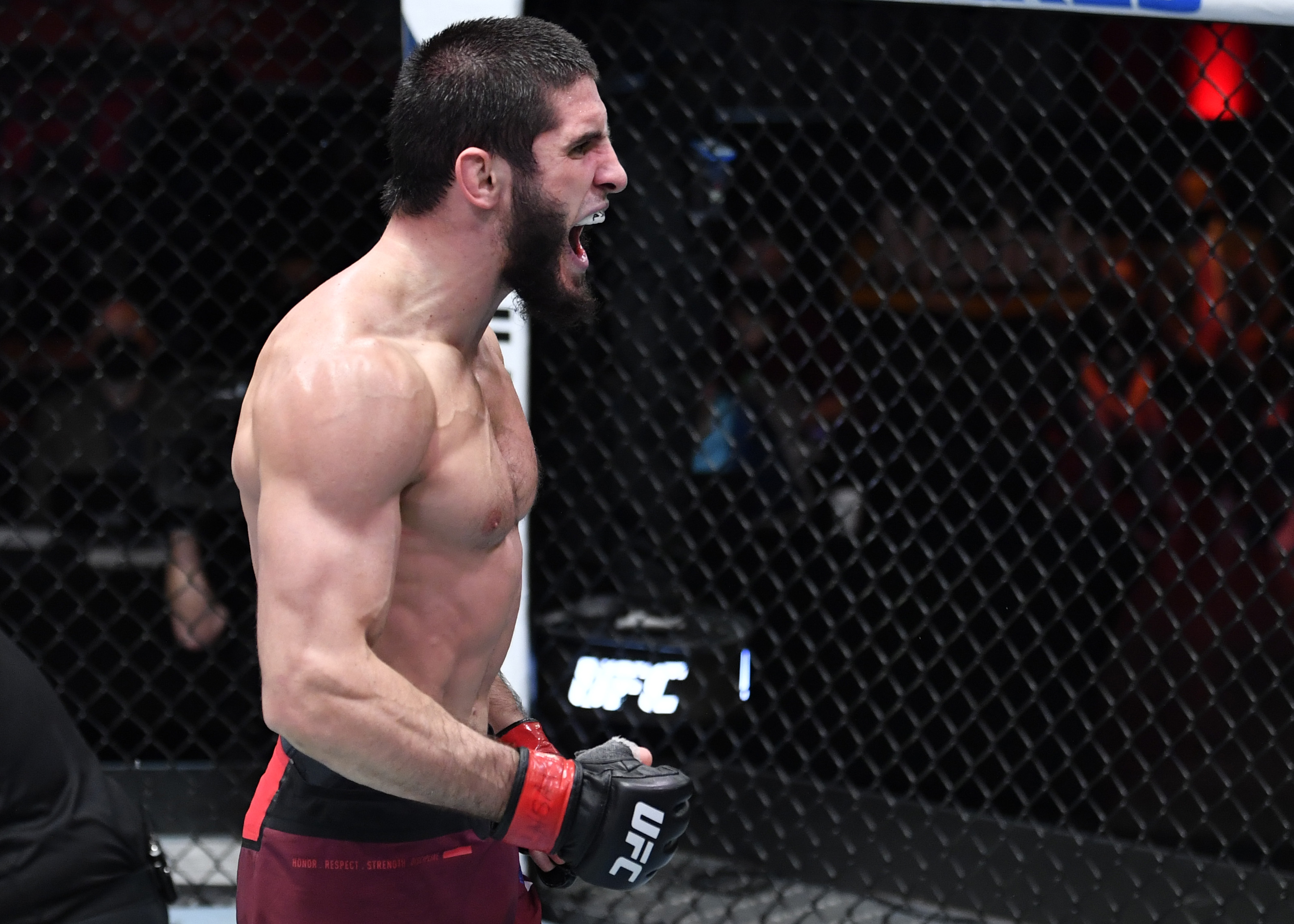 Islam Makhachev faces Thiago Moises at UFC Vegas 31