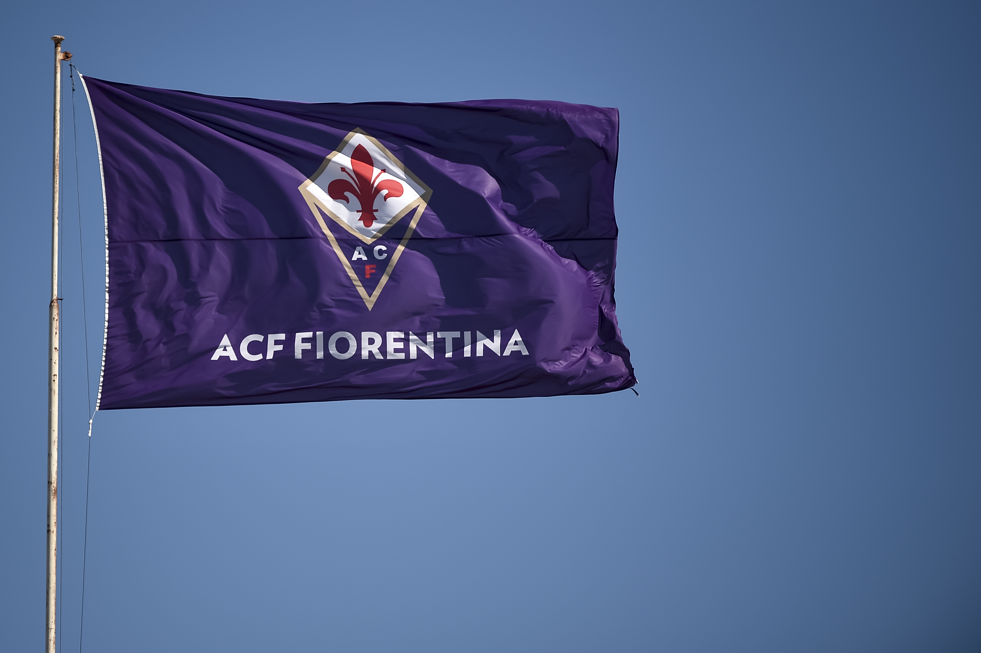 A flag of ACF Fiorentina waves prior to the Serie A football...
